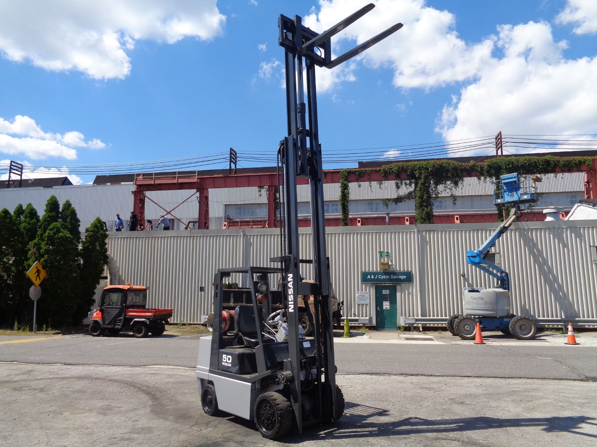 Nissan KCPH02A25PV 4,400 lb Forklift - Image 15 of 17