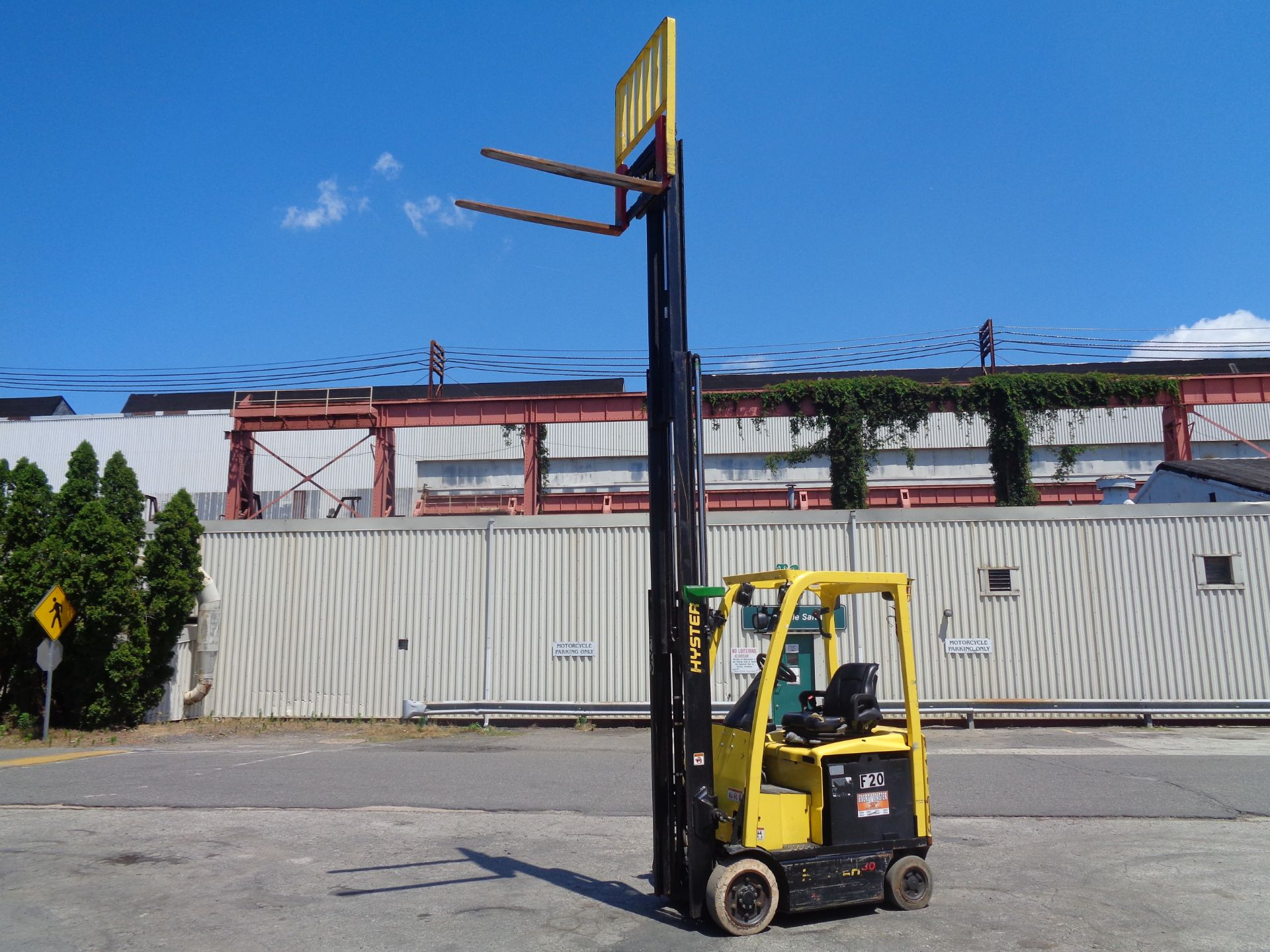 2016 Hyster E30XN 3,000lb Forklift - Image 12 of 18