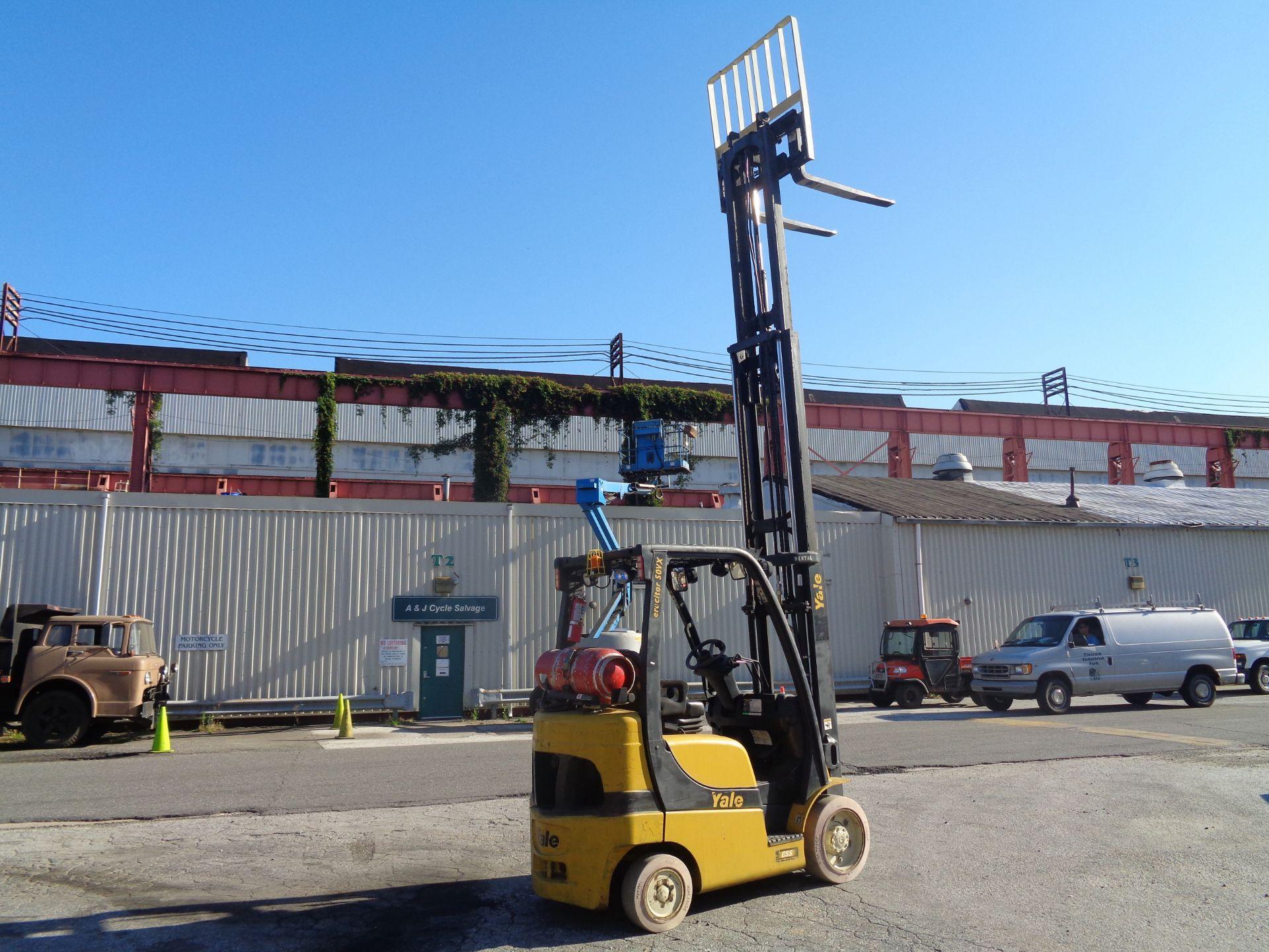 2014 Yale GLC050VXNVRE088 5,000 lb Forklift - Image 5 of 11