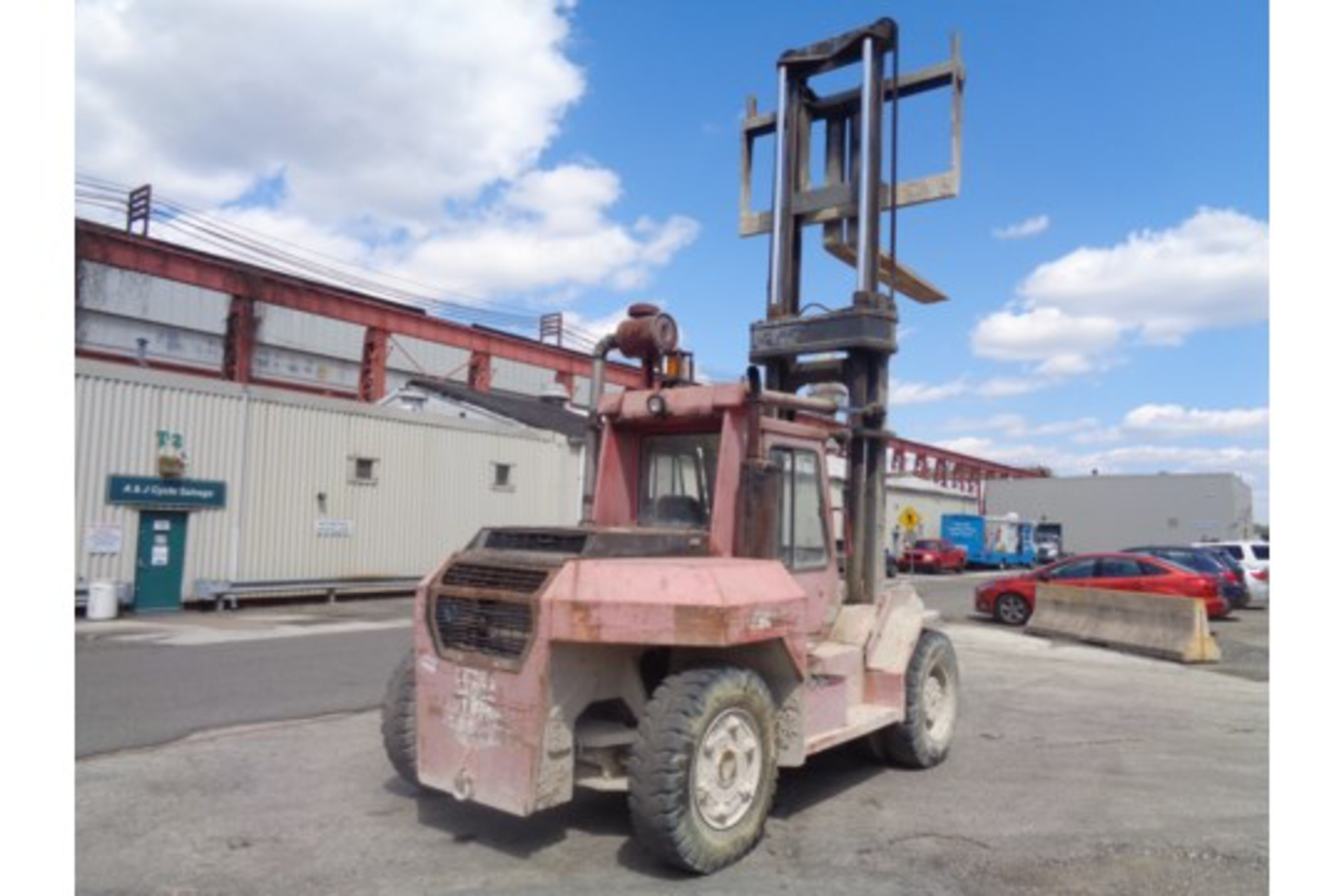 Taylor TE200S 20,000lb Forklift - Image 9 of 10