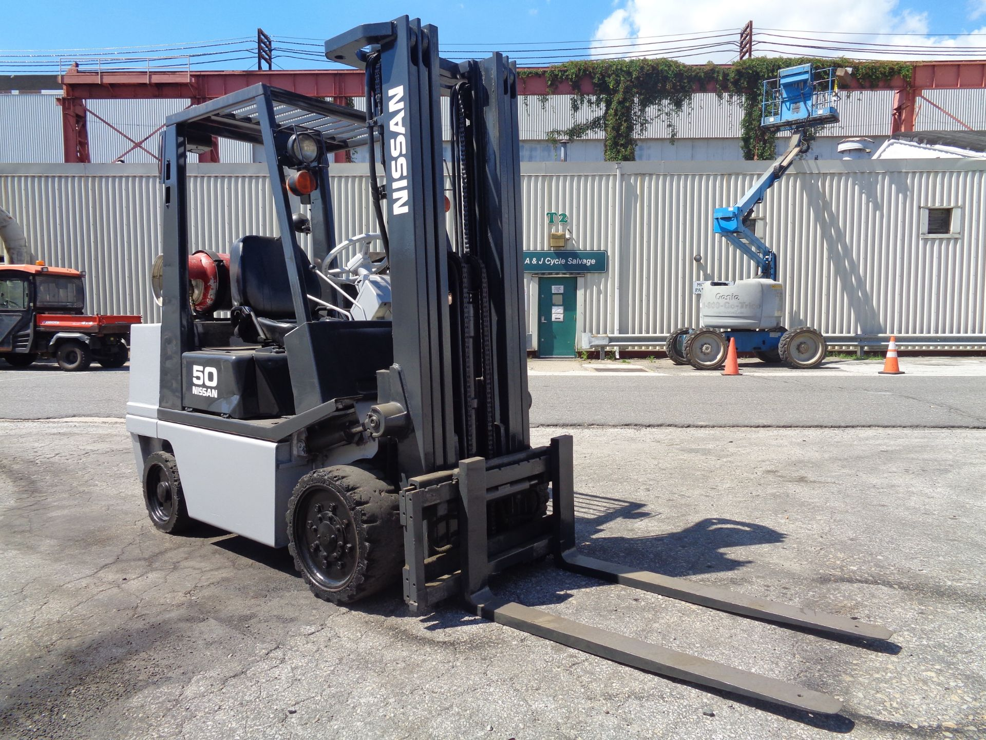 Nissan KCPH02A25PV 4,400 lb Forklift - Image 10 of 17
