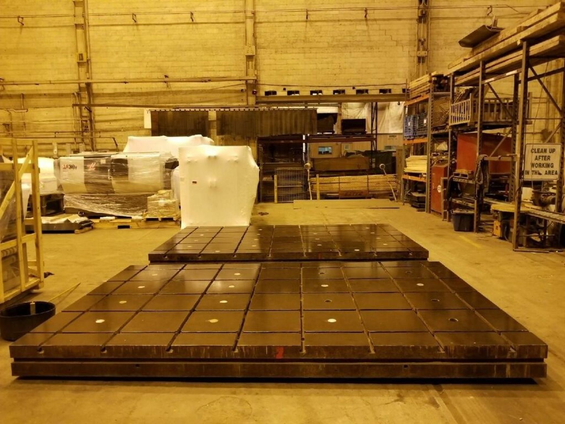 Lot 15 - T Slotted Floor Plates 16ft x 10ftx 12in