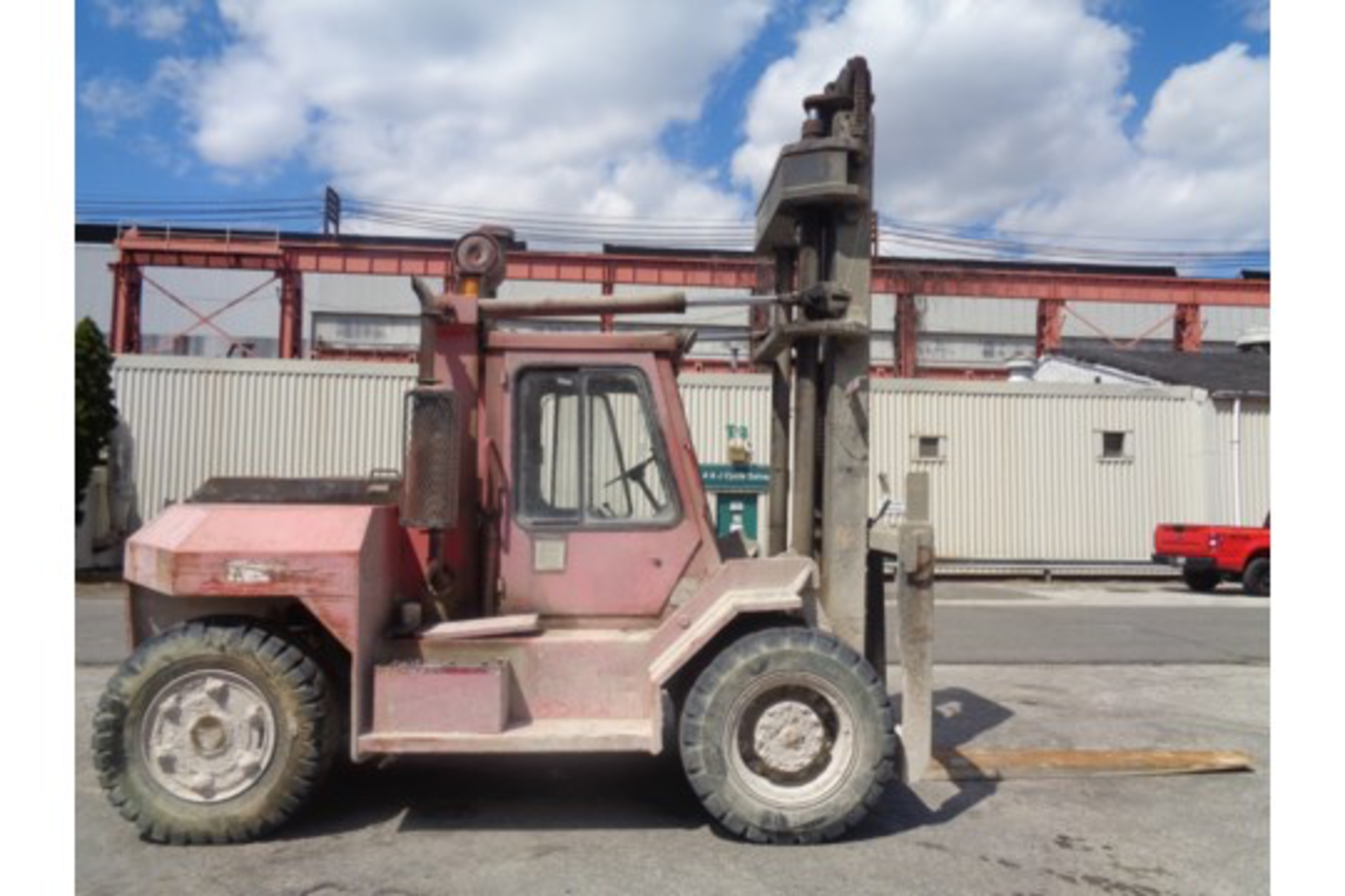 Taylor TE200S 20,000lb Forklift - Image 2 of 10