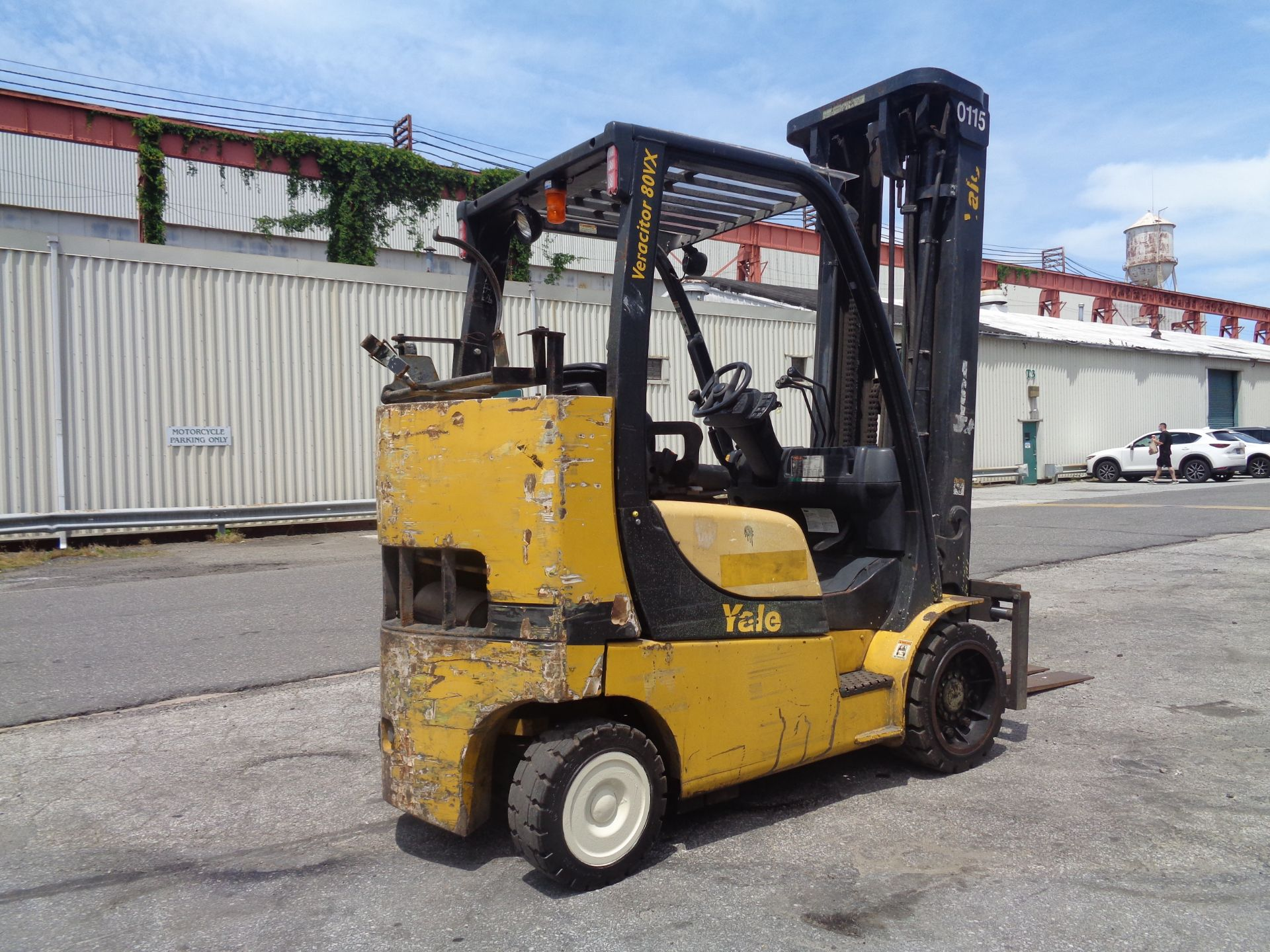 Yale GC080VXNGSE107.6 8,000lb Forklift - Image 2 of 18