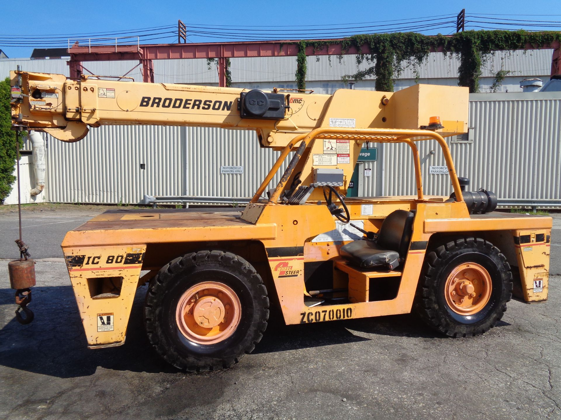 Lot 41 - 2007 Broderson IC-80-1G 17,000lb Carry Deck Hydraulic Crane