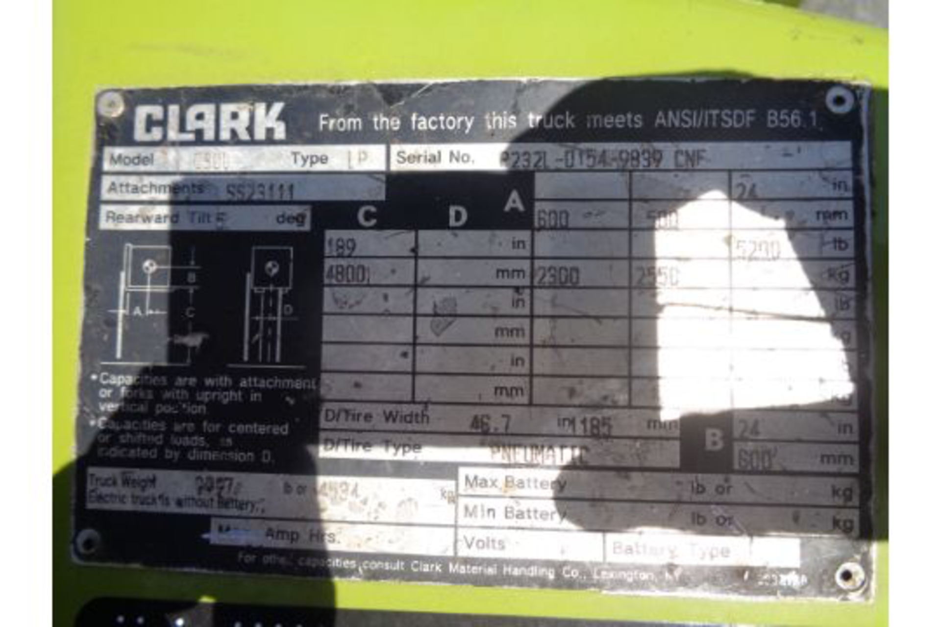 Lot 33 - 2014 Clark C30L 6,000lb Forklift