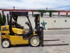 2015 Yale GLC155VXNCJV087 15,000lb Forklift