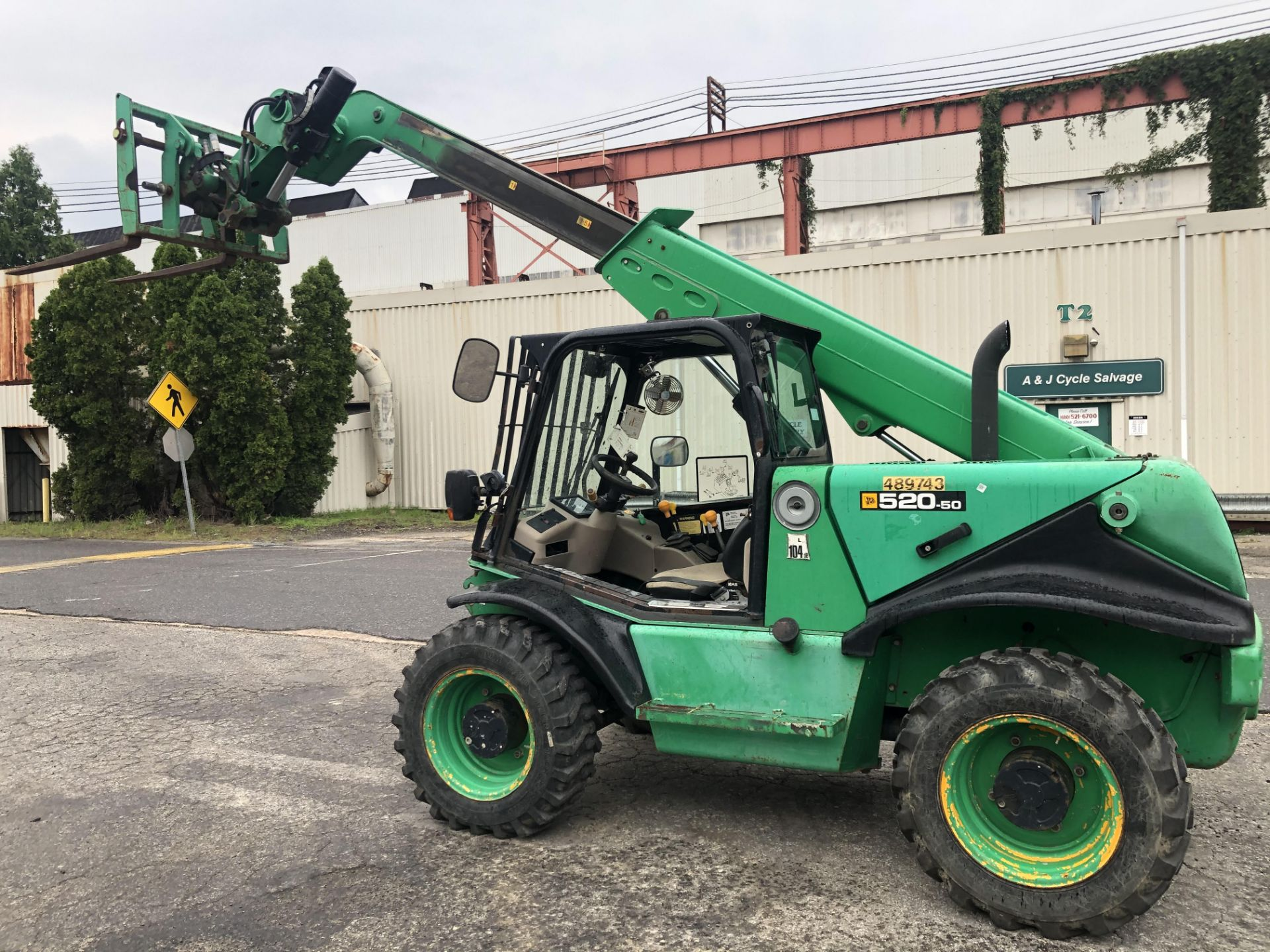 Lot 55 - 2012 JCB 520-50 FORKLIFT