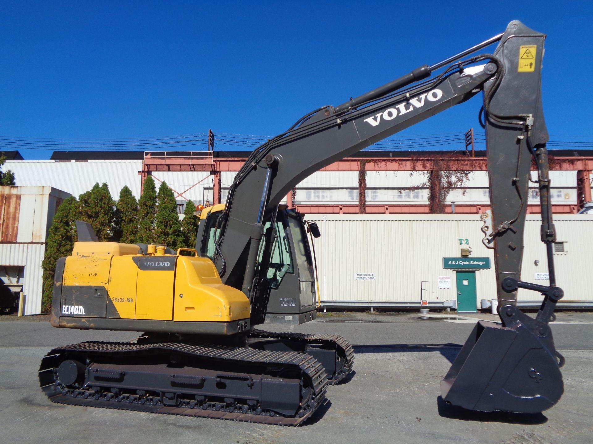 Lot 65 - 2013 Volvo EC140DL Hydraulic Excavator