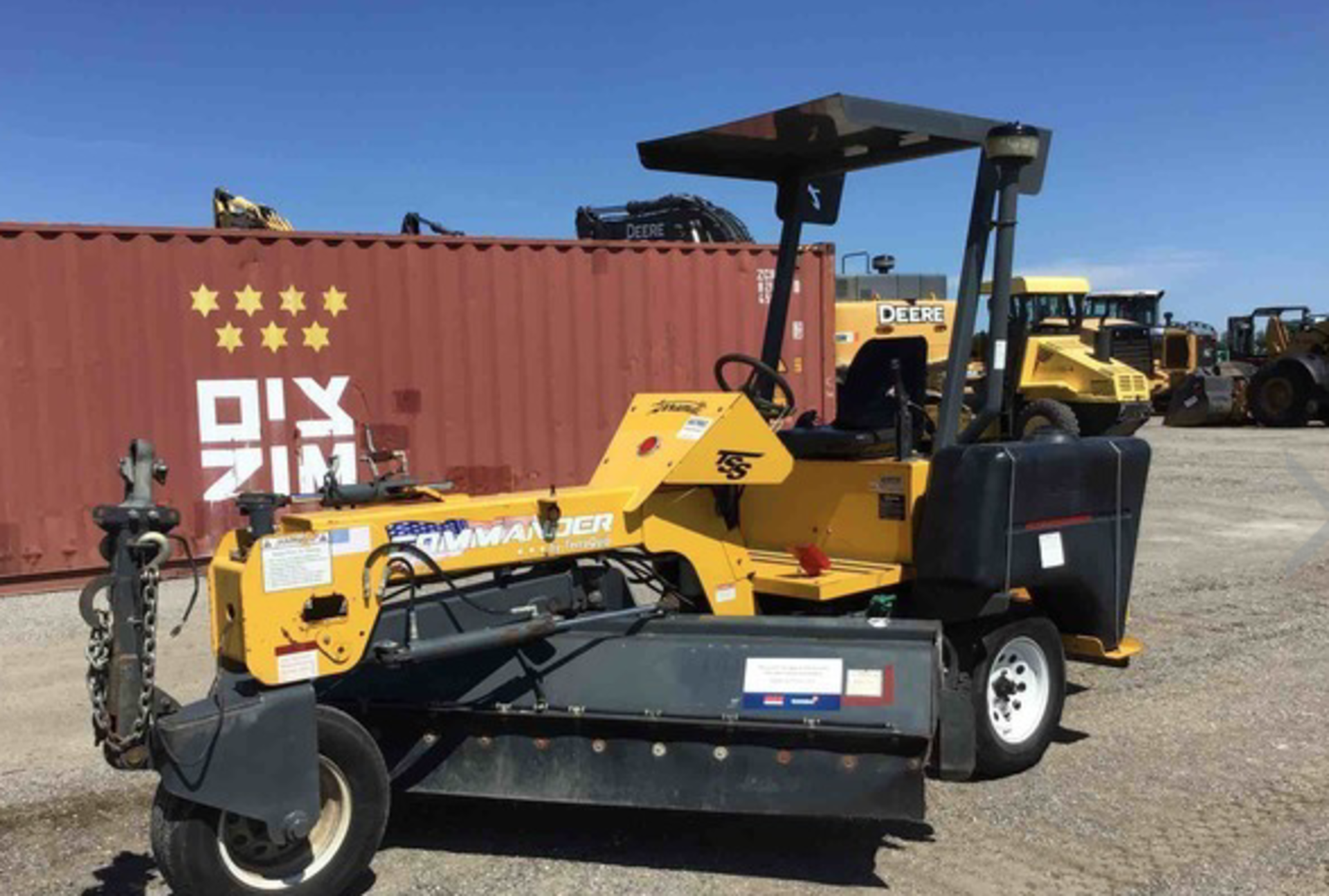 Lot 32 - 2016 Terramite Broom Sweeper only 272 Hours
