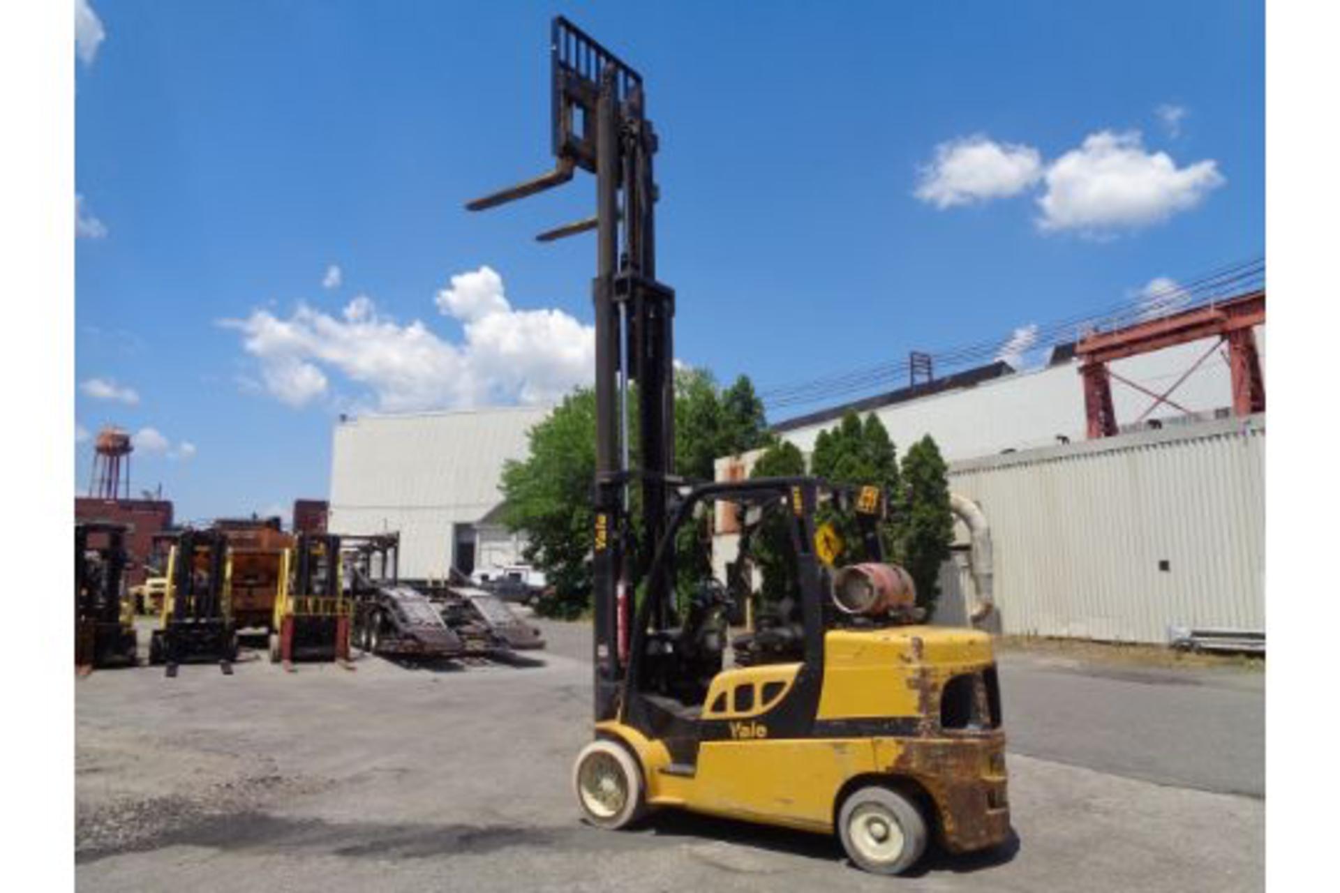 Lot 53 - 2012 Yale GLC100VXNGSE092 10,000lb Forklift