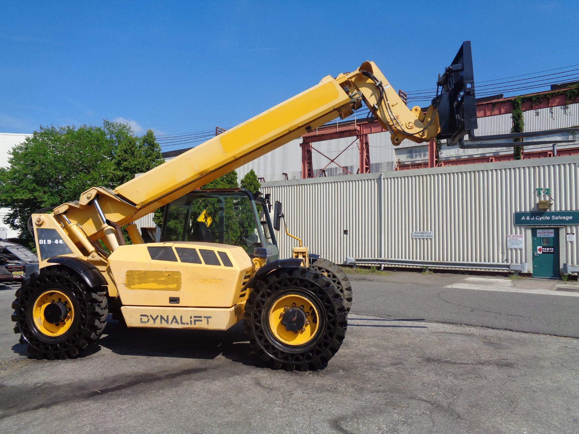 Lot 38 - 2012 Gehl DL944L 9,000lb Telescopic Forklift