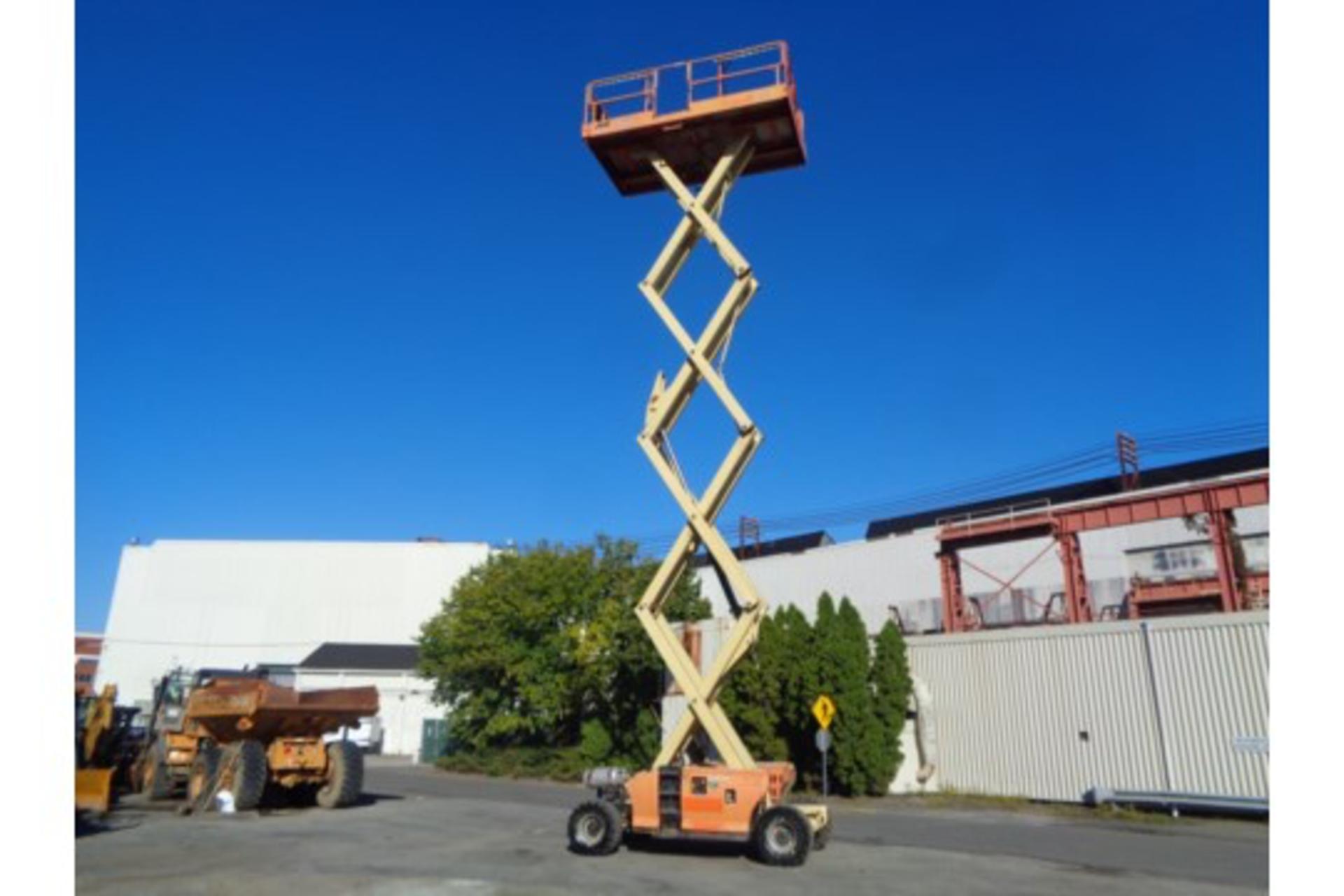 Lot 14 - JLG 4394RT 43FT Rough Terrain 4x4 Scissor Lift