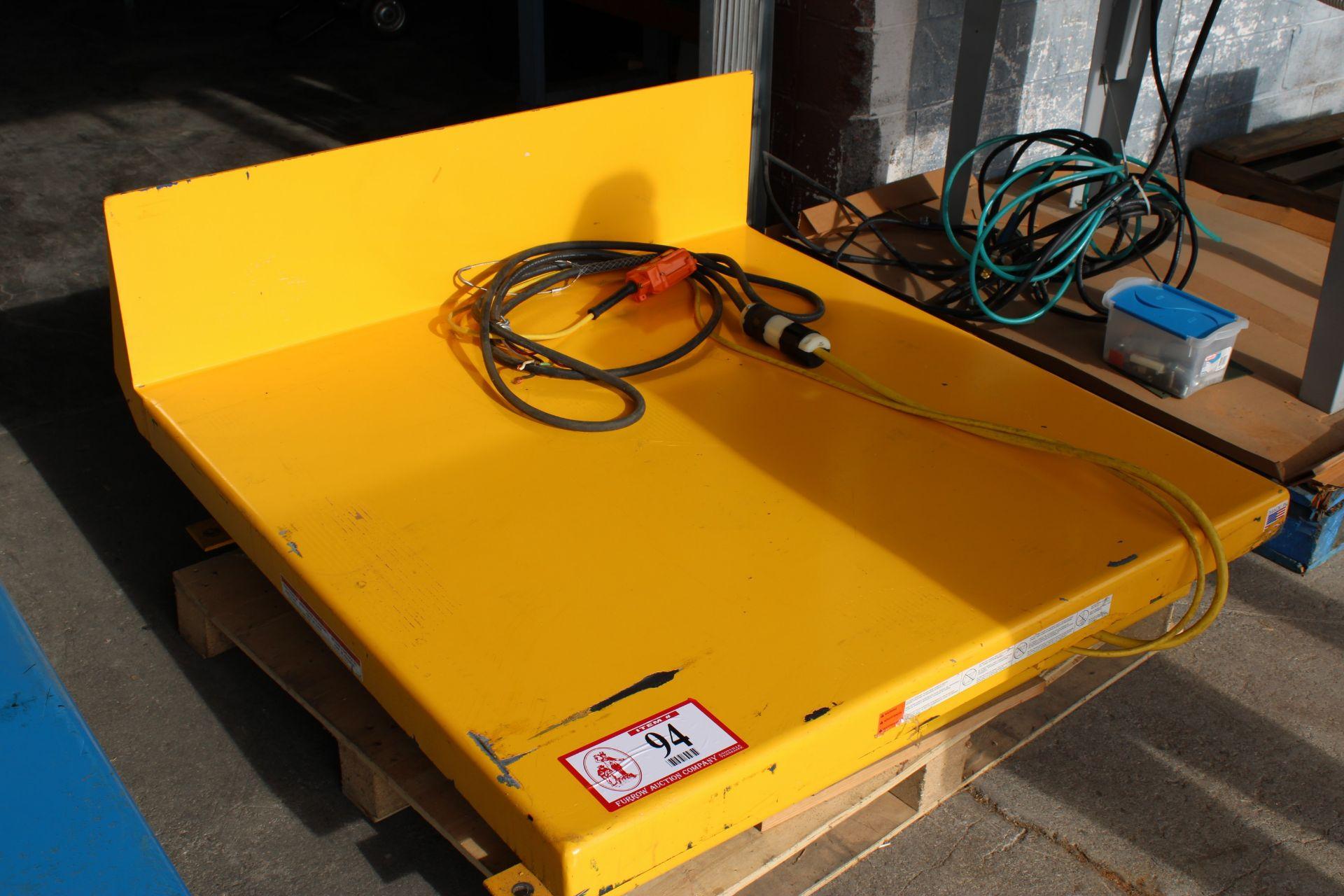 Vestil Manufacturing Model UNI Tilt Table
