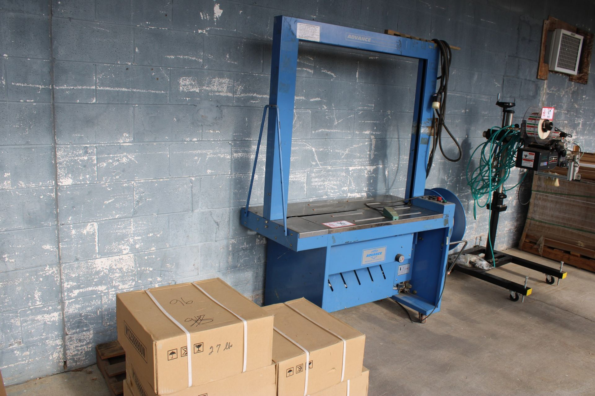 """Advance Packaging Arch Carton Strapper, 40""""- 42"""" Opening, Used, Ready to wire and use with table"""