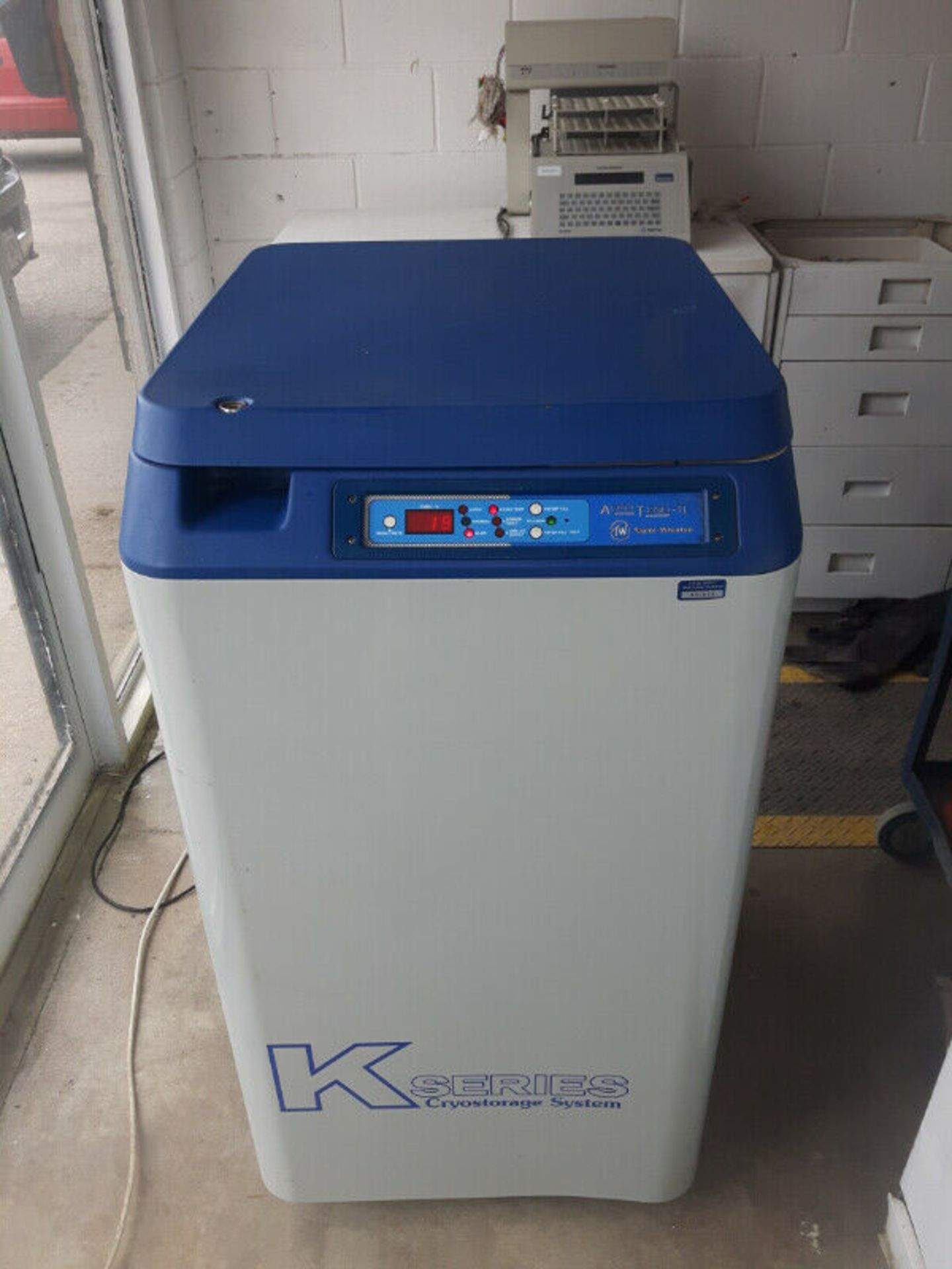 Taylor Wharton Kryos 10k Liquid Notrogen Cryogenic Storage Reserves - LOCATION - LONDON, ONTARIO
