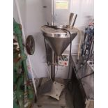 CFB-5 AUGER FILLER. 1 TO 500 g FILL RANGE, PROGRAMMABLE CONTROLS- LOCATION - AURORA, ONTARIO