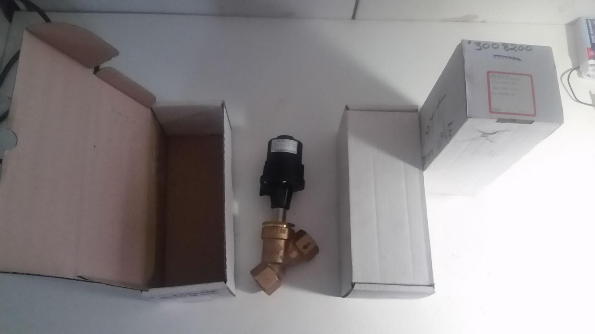 (1) LOT (3) Gemu Valves, NEW in Boxes, - LOCATION - LONDON, ONTARIO