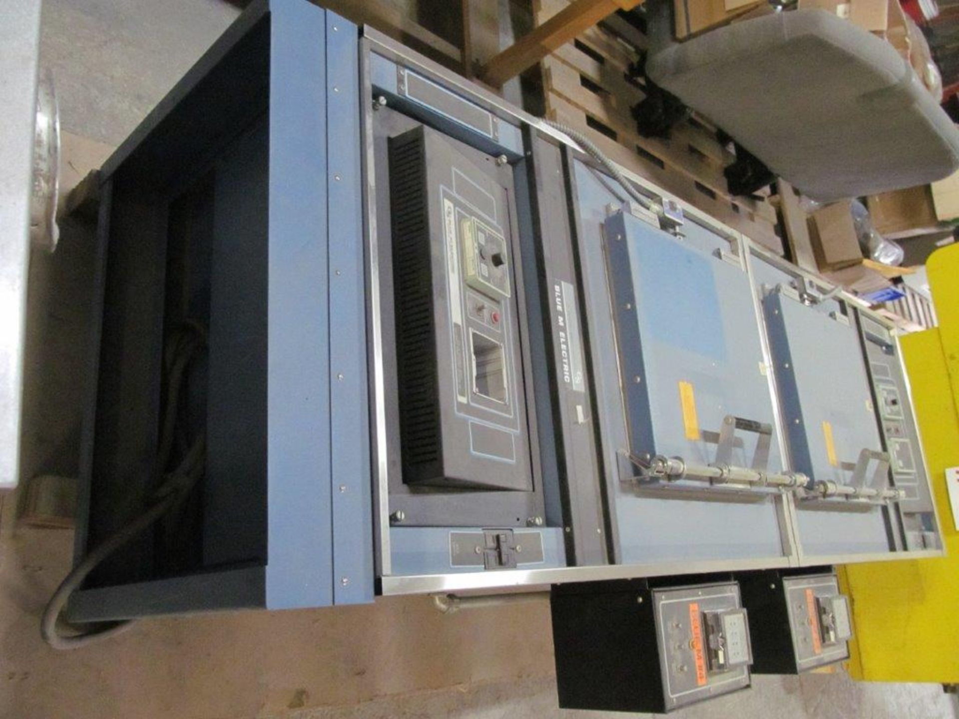 BLUE ELECTRIC 2 Chamber 100deg F. to 700deg F. - LOCATION - HAWKESBURY, ONTARIO - Image 2 of 8