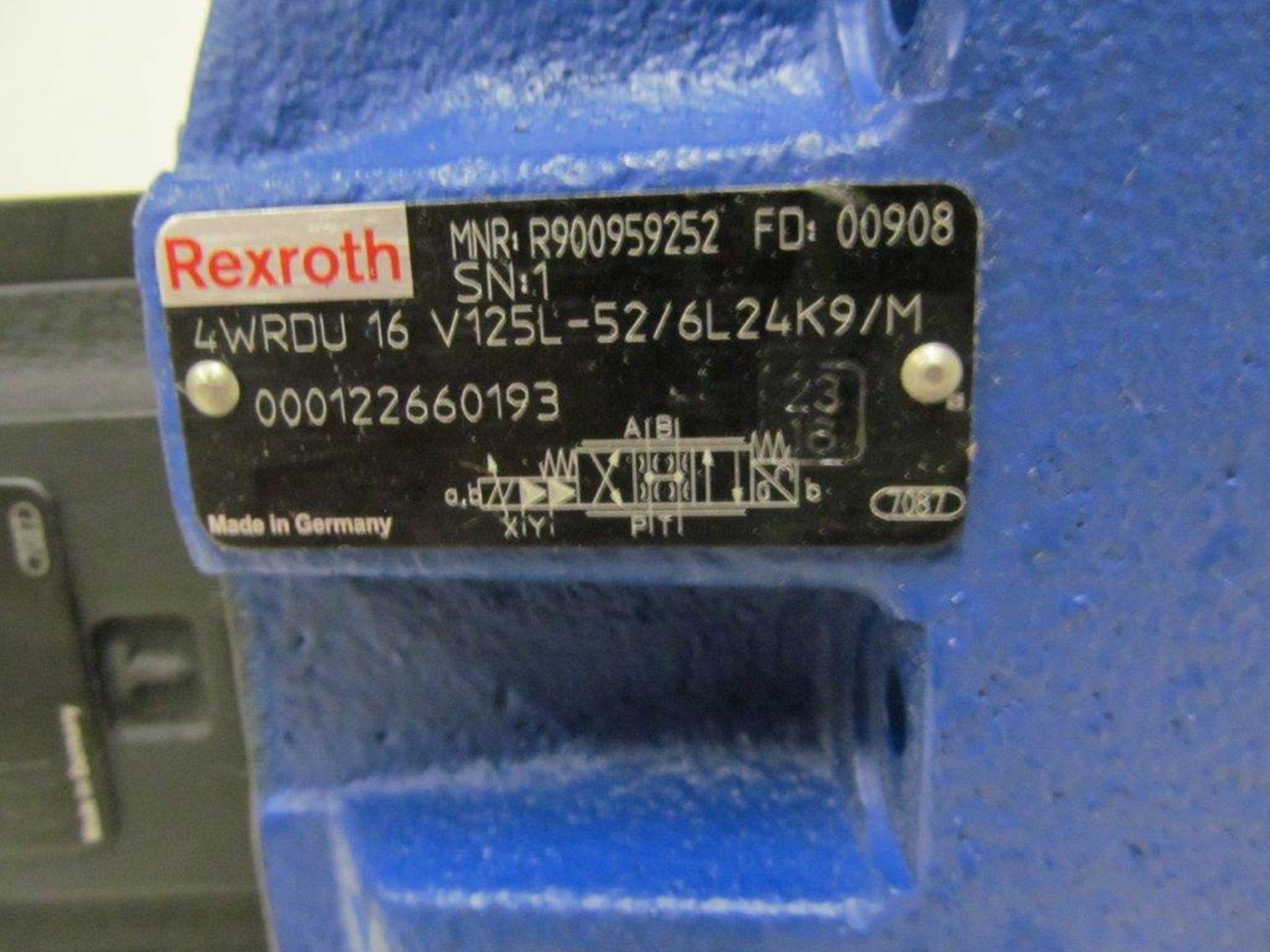 Lot 83 - (1) LOT (4) REXROTH CONTROL VALVES, MODEL 4WRDV, 24V NG16 (3) NEW & (1) USED
