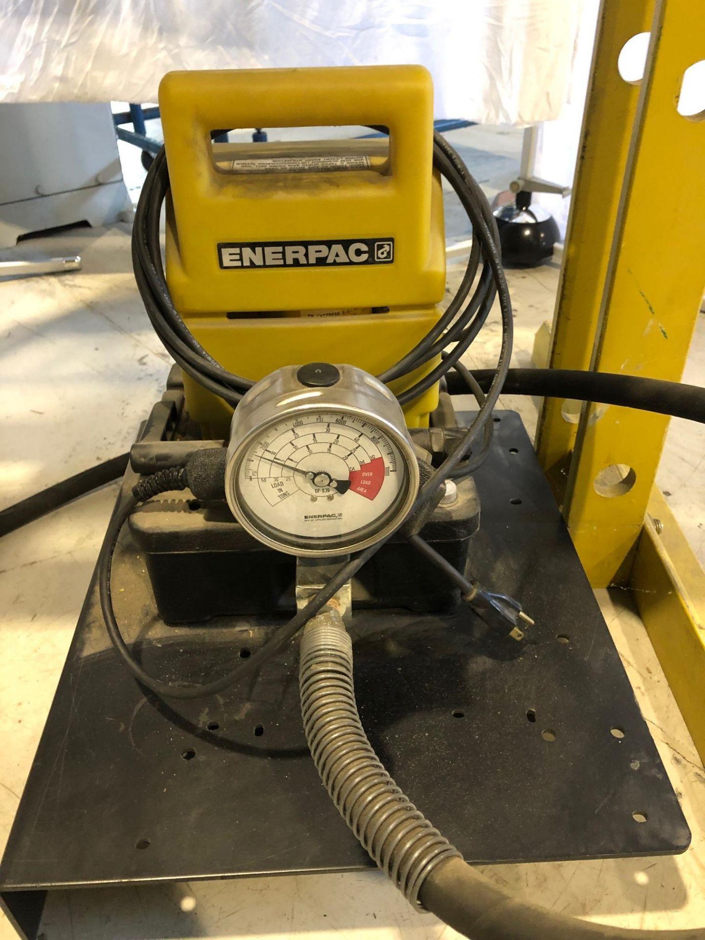 ENERPAC SHOP PRESS, MODEL C215900, S/N E119C, 15 TON - LOCATION, MONTREAL, QUEBEC - Image 3 of 5