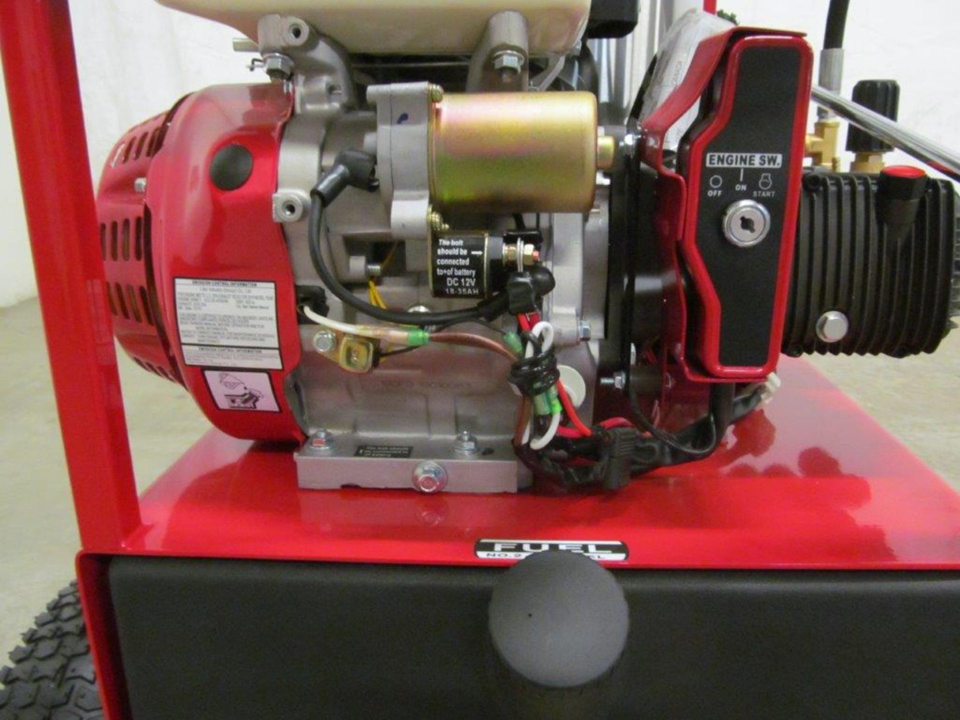 (NEW) EASY-KLEEN HOT WATER PRESSURE WASHER, MDL. MAGNUM GOLD, 15 HP ENGINE. DIESEL FIRED BURNER - Image 11 of 12