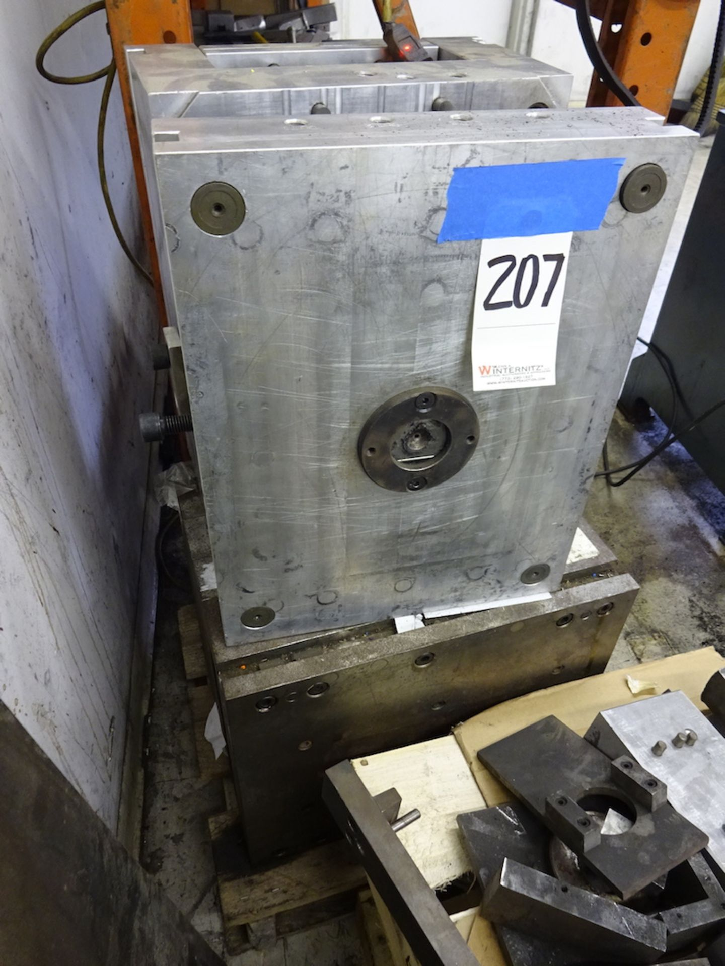 Lot 207 - LOT: (2) Plastic Injection Molds