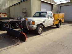 LOT: Ford F-250 4x4 Custom Service Truck, VIN 1F2HF26L2HP820870, Pierce Service Truck Body, Manual