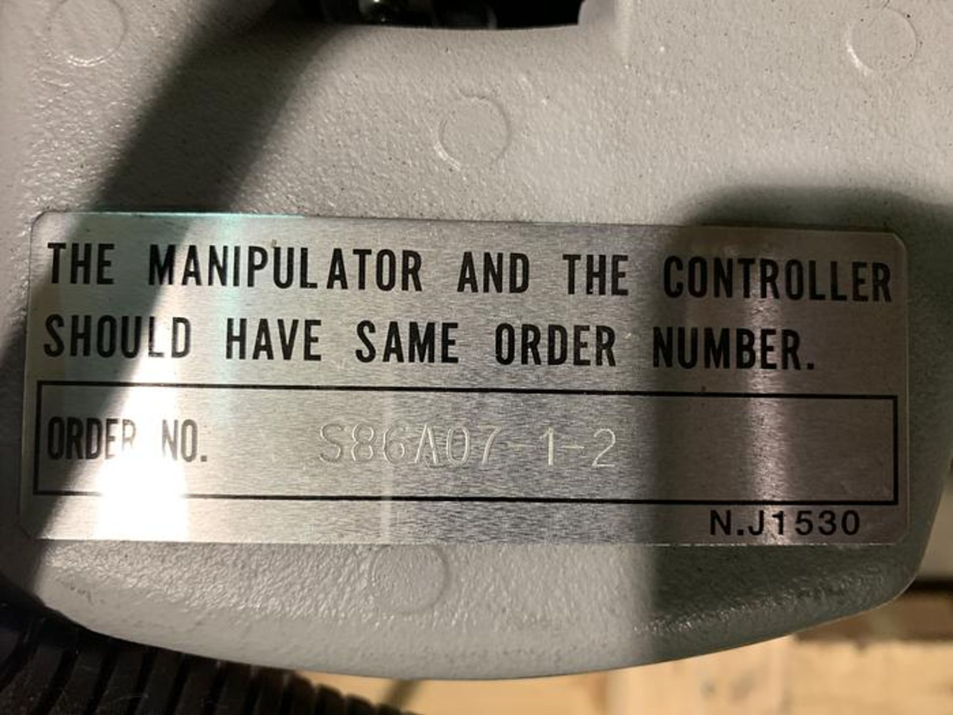 Lot 59 - MOTOMAN SSF2000 6 KG X 1,378mm REACH 6 AXIS CNC ROBOT WITH NX100 CONTROL, YEAR 2008, SN S86AO7-1-2