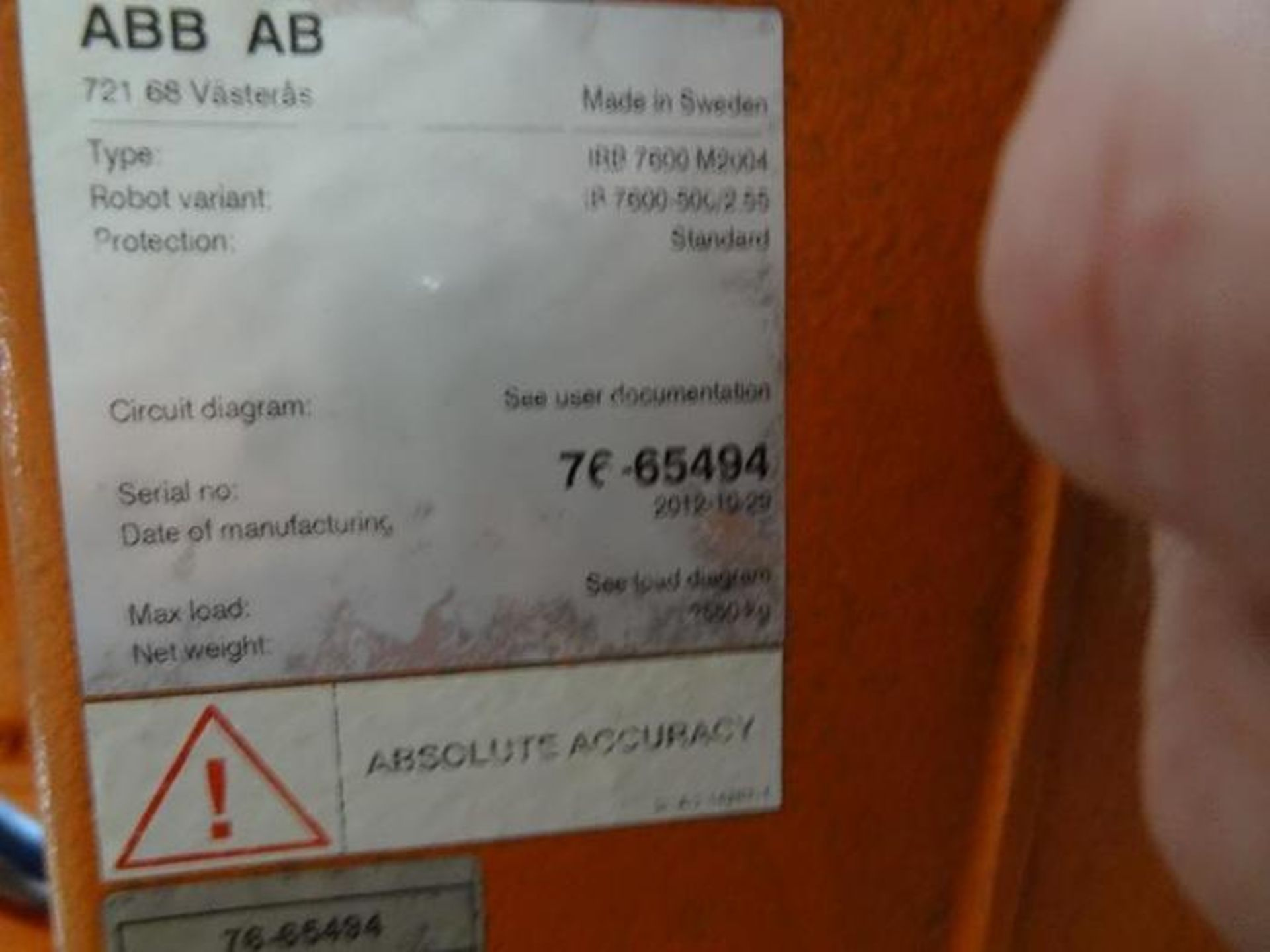 Lot 47 - ABB ROBOT IRB 7600 6 AXIS CNC ROBOT 500KG X 2.55M, W/ IRC5 CONTROLLER, CABLES & TEACH YEAR 2012