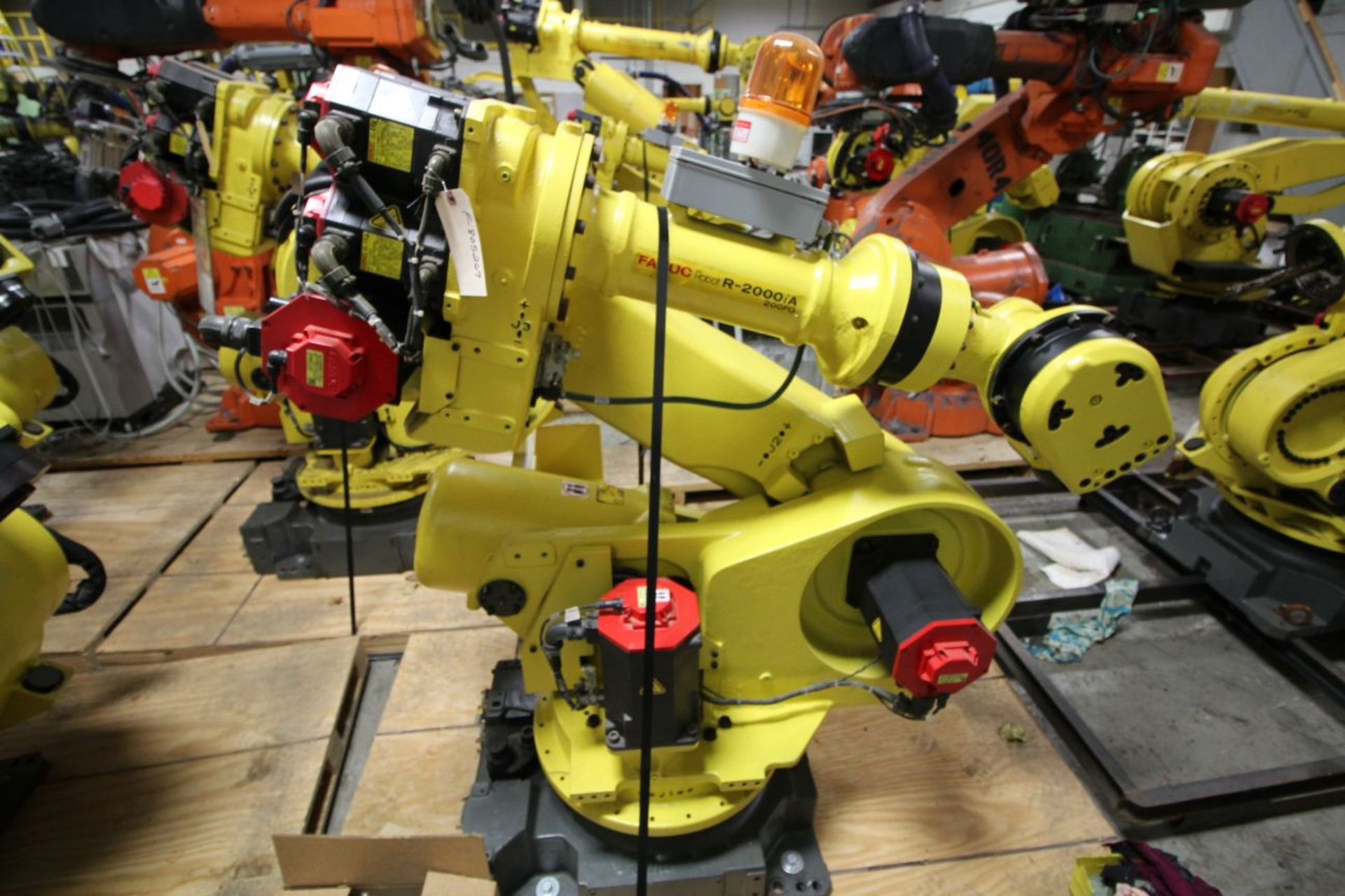 Lot 36 - FANUC ROBOT R2000iA/200FO WITH R-J3iB CONTROLS, TEACH & CABLES, YEAR 2005, SN 805269, COMP REFURBED
