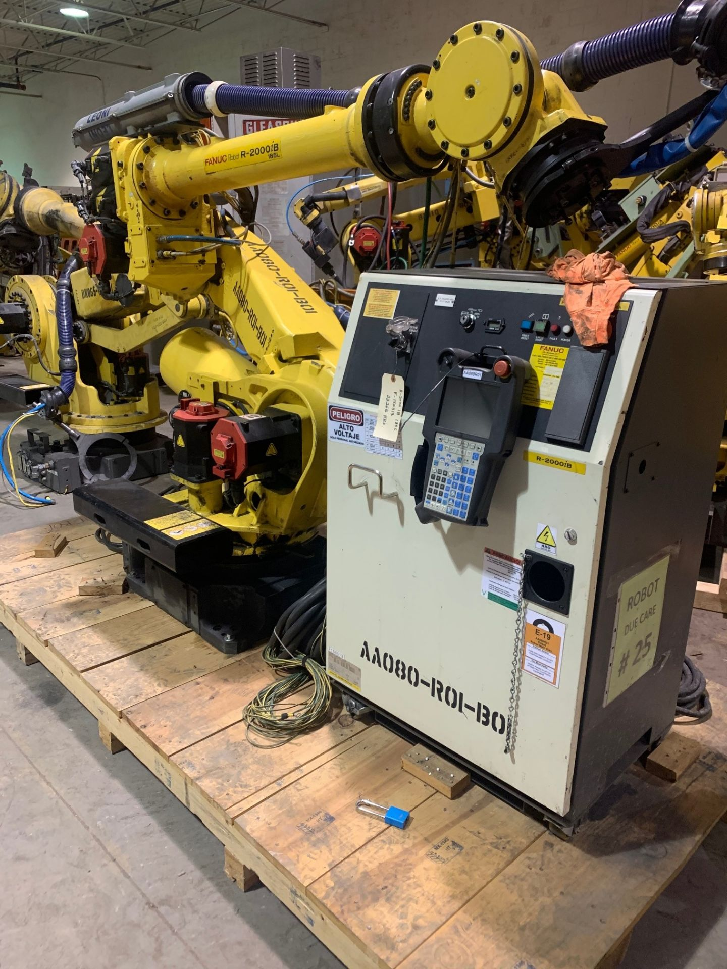 Lot 54 - FANUC ROBOT R2000iB/185L WITH R30iA CONTROLLER, TEACH & CABLES, YEAR 2014, SN 150513