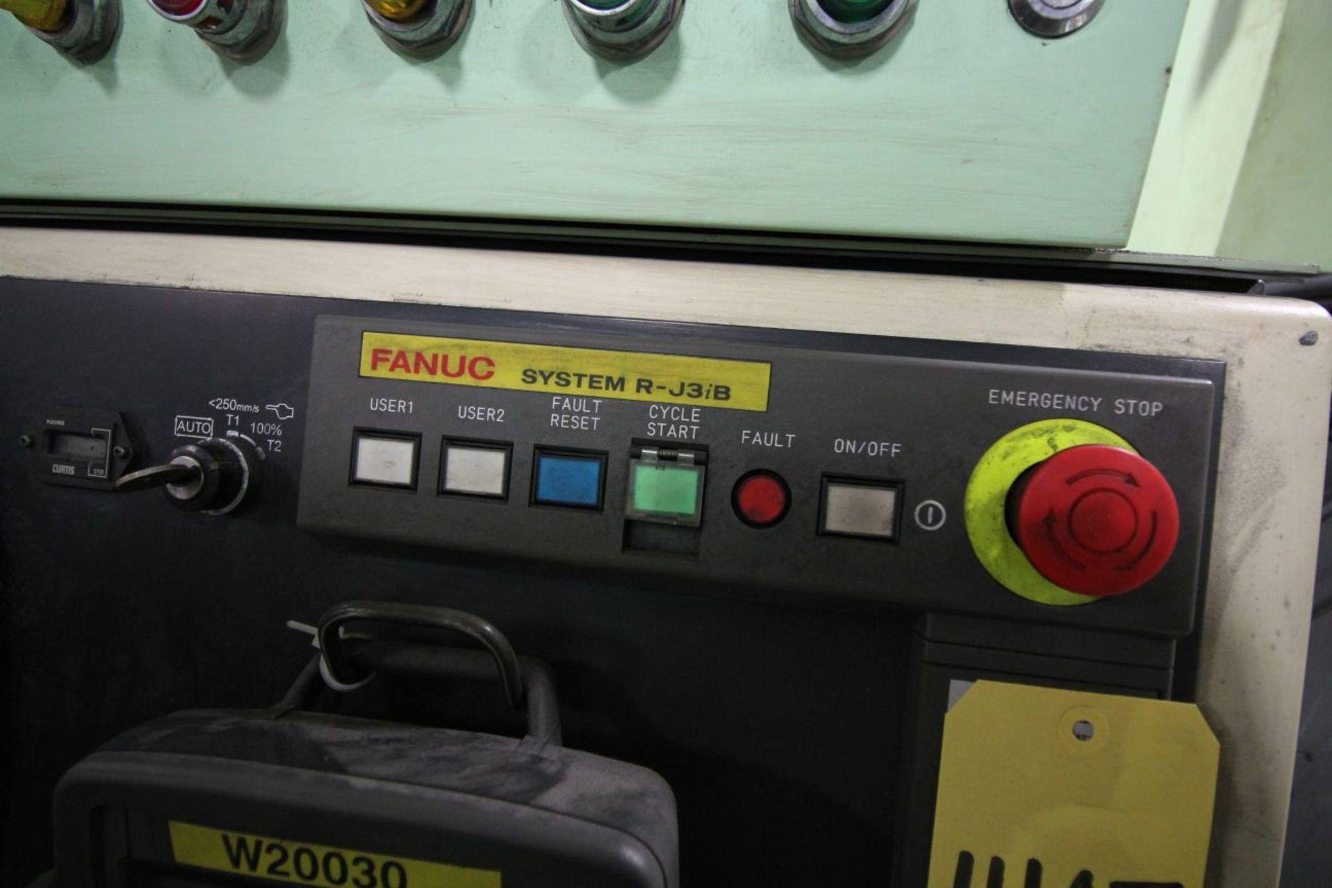 Lot 46 - FANUC ROBOT R-2000iA/165R WTIH R-J3iB CONTROLS, TEACH & CABLES, YEAR 2003, SN 57329