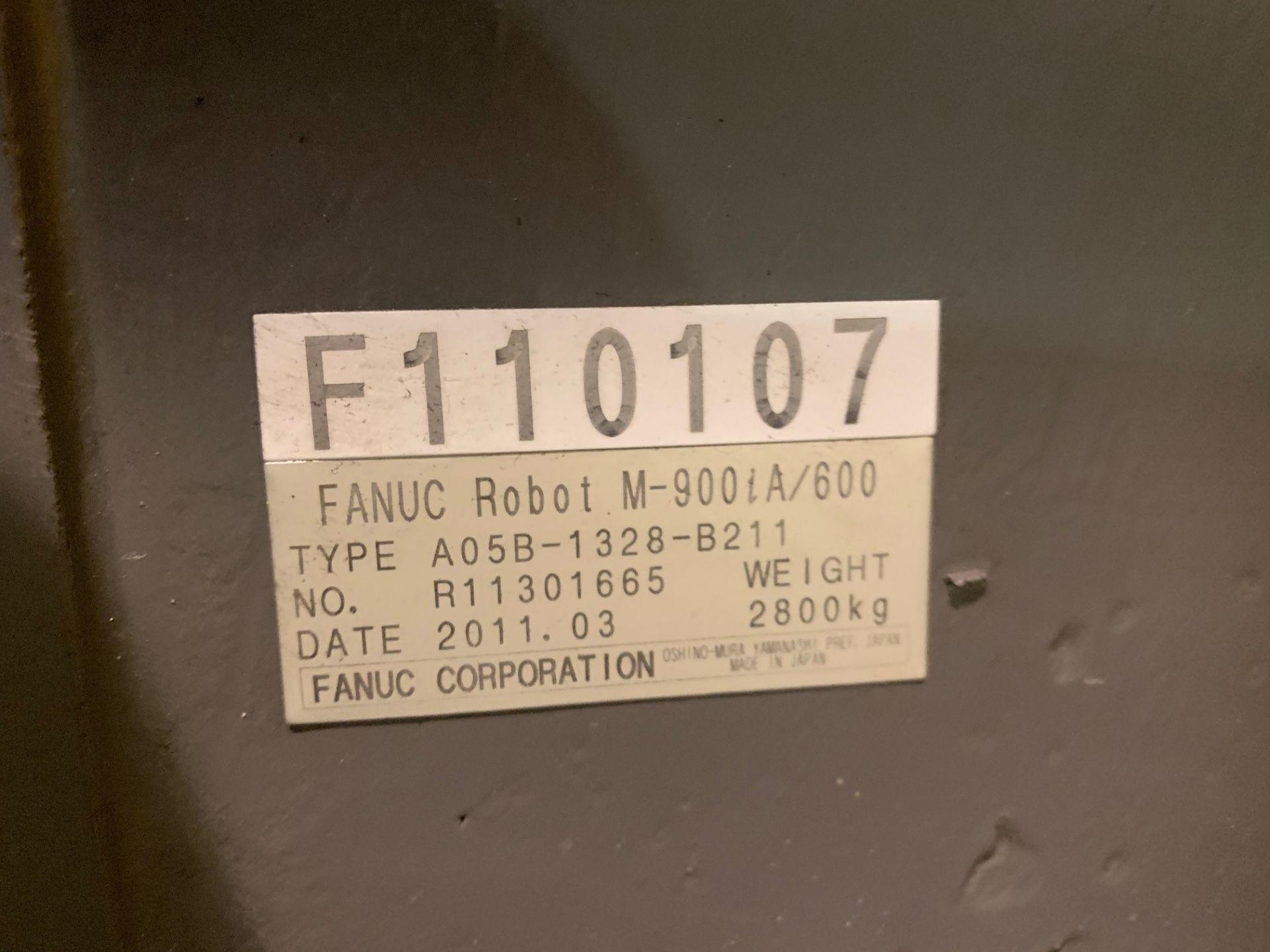 Lot 8 - FANUC ROBOT M-900iA/600 WITH R-30iA CONTROL, YEAR 2011, SN 110107