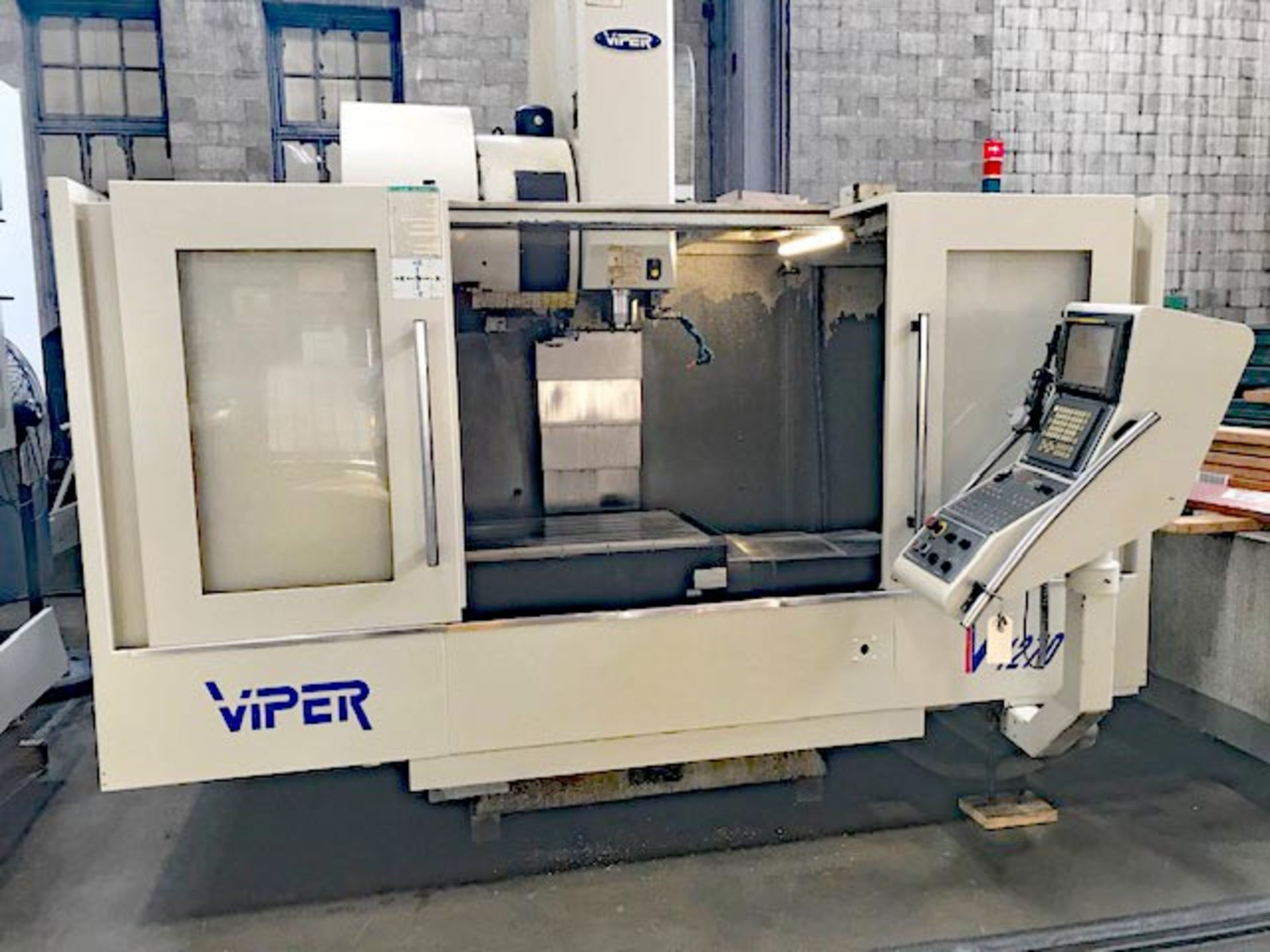 MIGHTY VIPER MODEL VMC-1270 CNC VMC, YEAR 2004, SN 005616