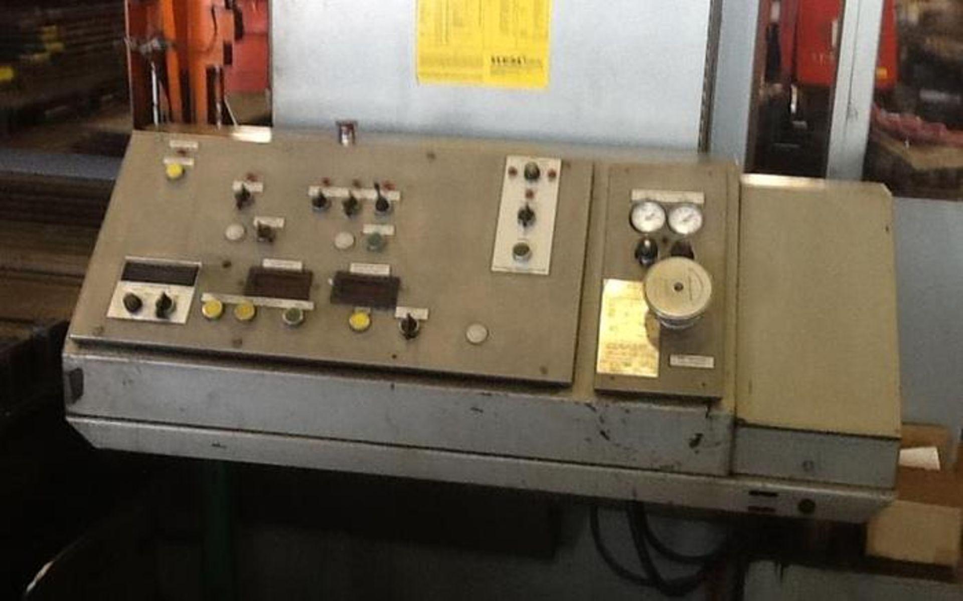 "HEM MODEL H160XLM-DC DOUBLE COLUMN HORIZONTAL BAND SAW, 25"" X 30"" CAPACITYSN 446695 - Image 5 of 7"