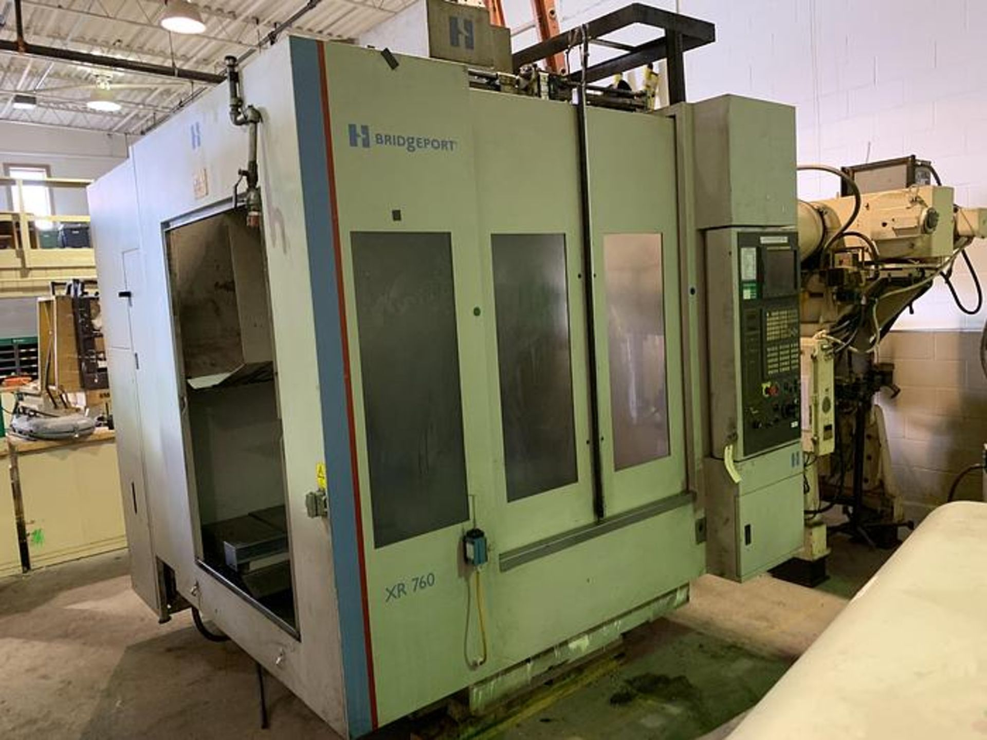 """HARDINGE XR760 VMC PRODUCTION CENTER 30""""X24""""X24"""" W/4TH AXIS TRUNION, YEAR 2010, SN XRAB0A0002 - Image 2 of 14"""