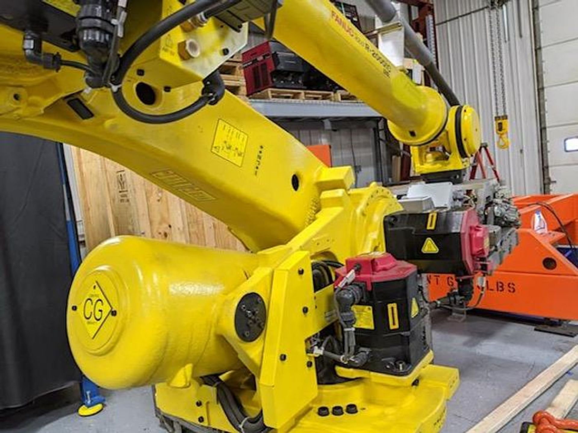 FANUC R2000iC/125L 6 AXIS CNC ROBOT WITH R30iB CONTROLLER, IR VISION, CABLES & REACH - Image 6 of 17