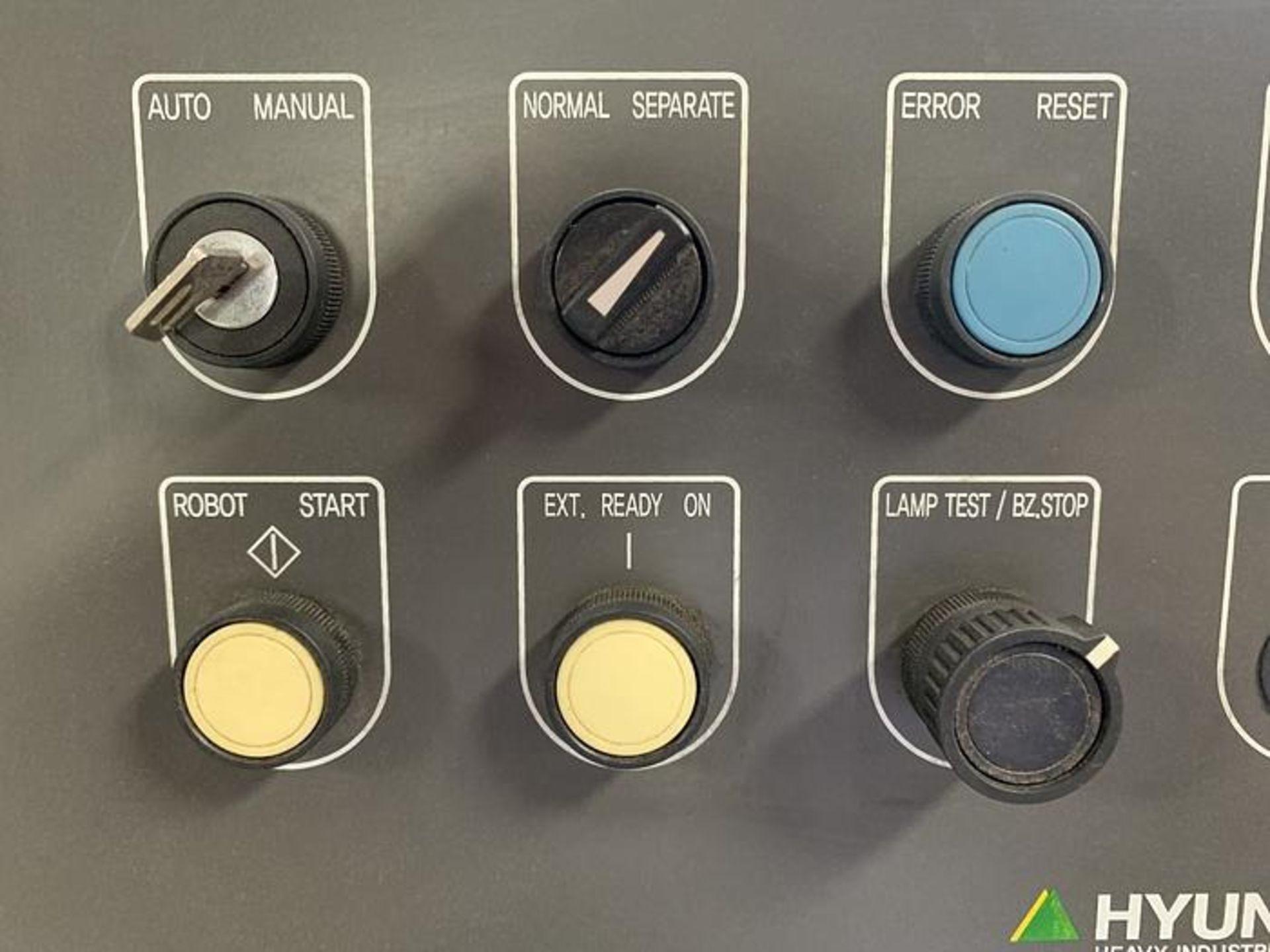 HYUNDIA MODEL HX400 400KG X 2573MM Hi5-N80U CONT. 6 AXIS CNC ROBOT, YEAR 2012, SN HB35-054-572 - Image 19 of 21