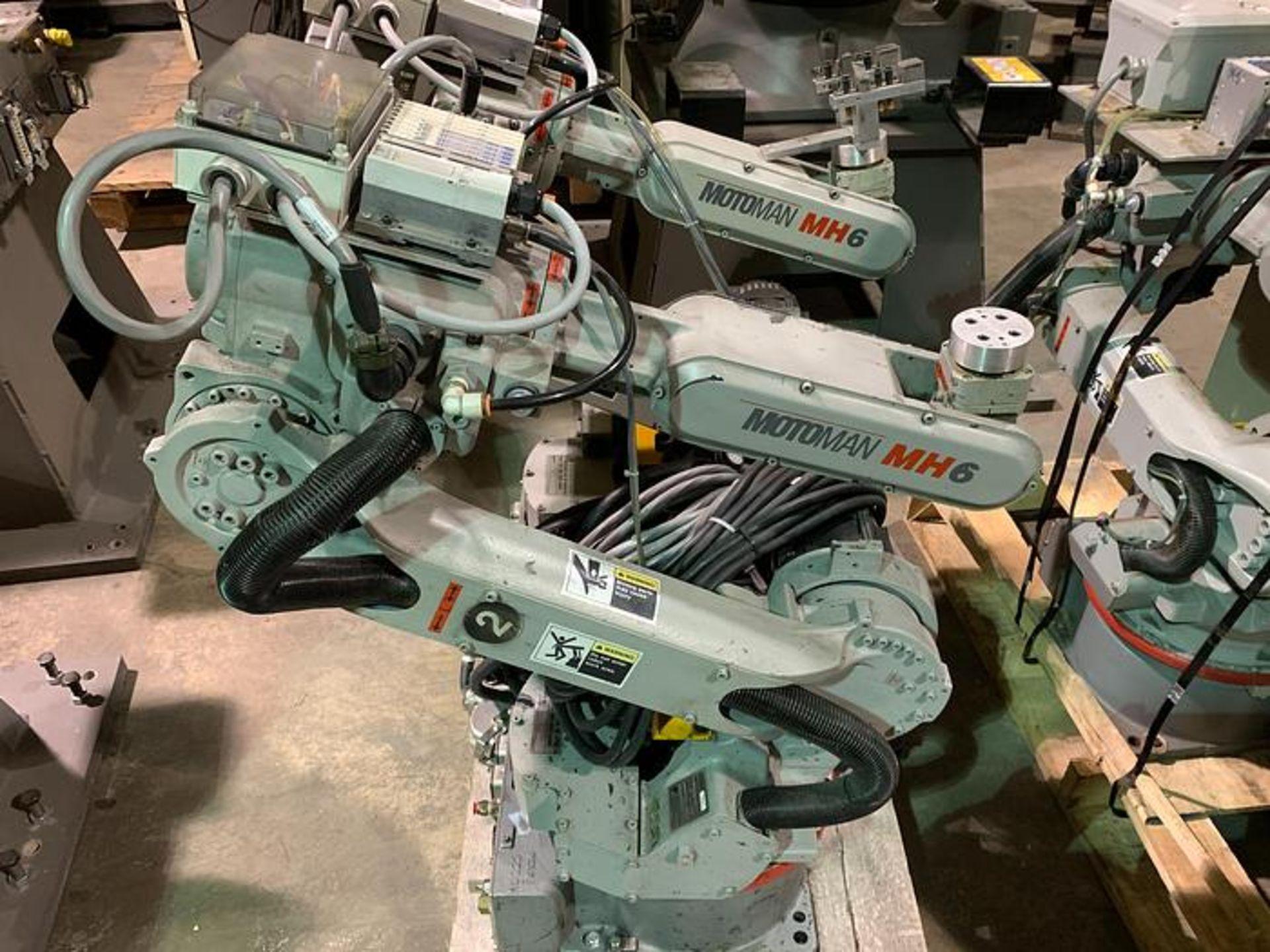MOTOMAN ROBOT MH6 HIGH SPEED 6 AXIS ROBOT WITH DX100 CONTROLLER, CABLES & TEACH, SN S86C95-1-1
