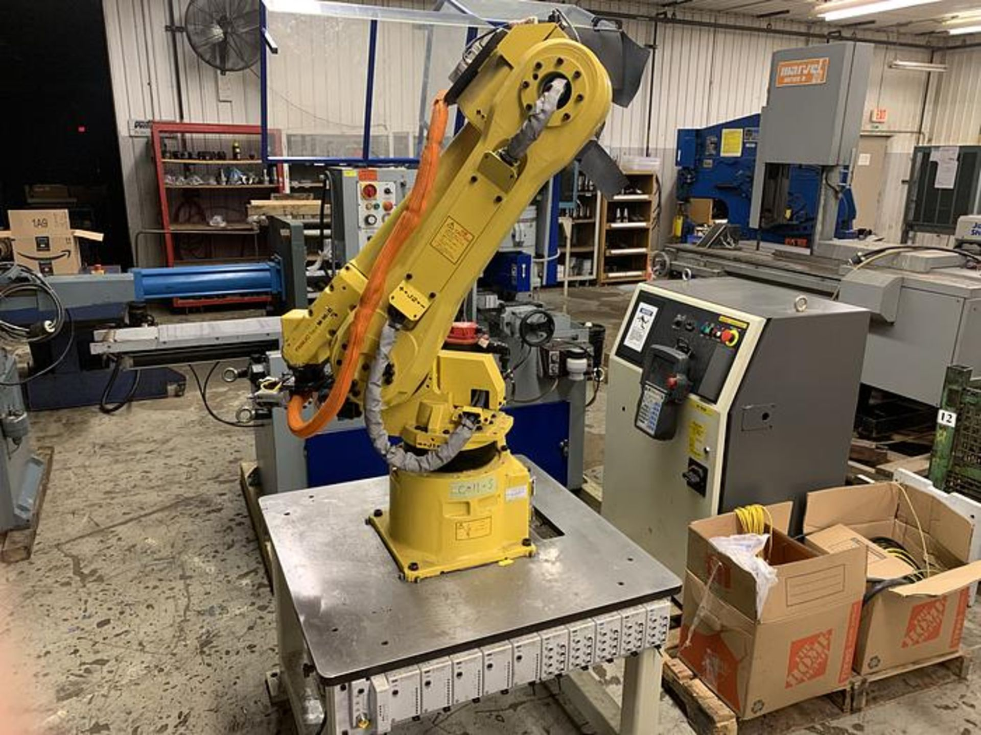FANUC ROBOT M16iB/10L WITH RJ3iC (R30iA) CONTROLLER, TEACH & CABLES, YEAR 2006, SN 80306 - Image 2 of 17