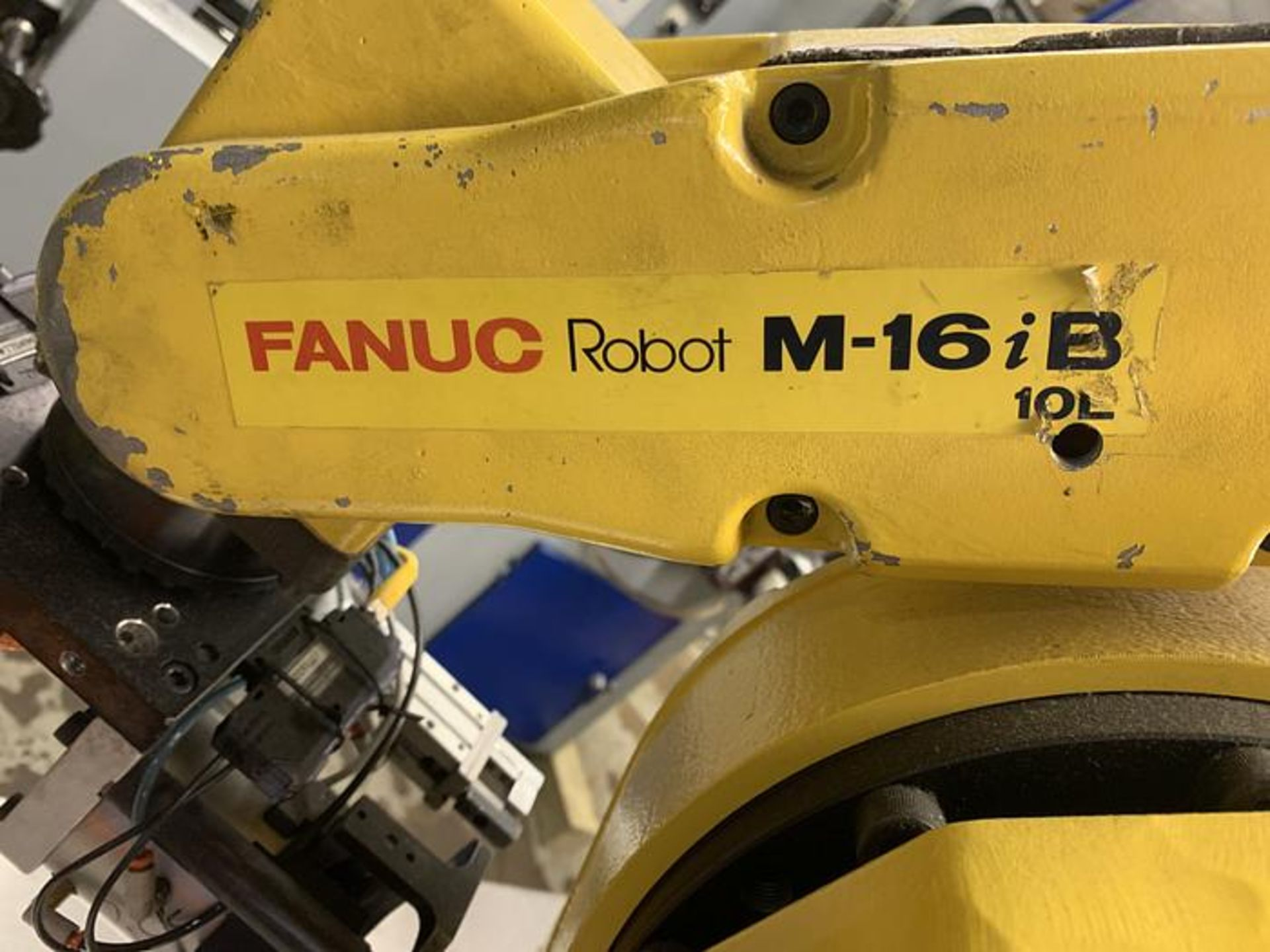 FANUC ROBOT M16iB/10L WITH RJ3iC (R30iA) CONTROLLER, TEACH & CABLES, YEAR 2006, SN 80306 - Image 5 of 17