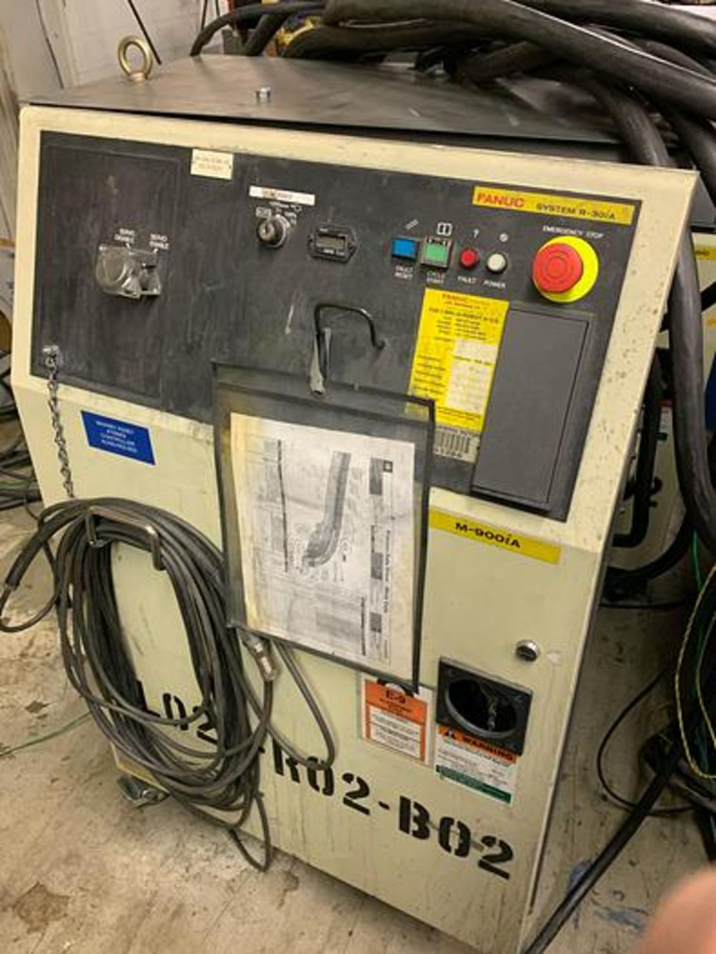FANUC M900iA/350 6 AXIS ROBOT WITH R30iA CONTROLLER MACHINE, CABLES & TEACH SN F111634, YEAR 2011 - Image 6 of 13
