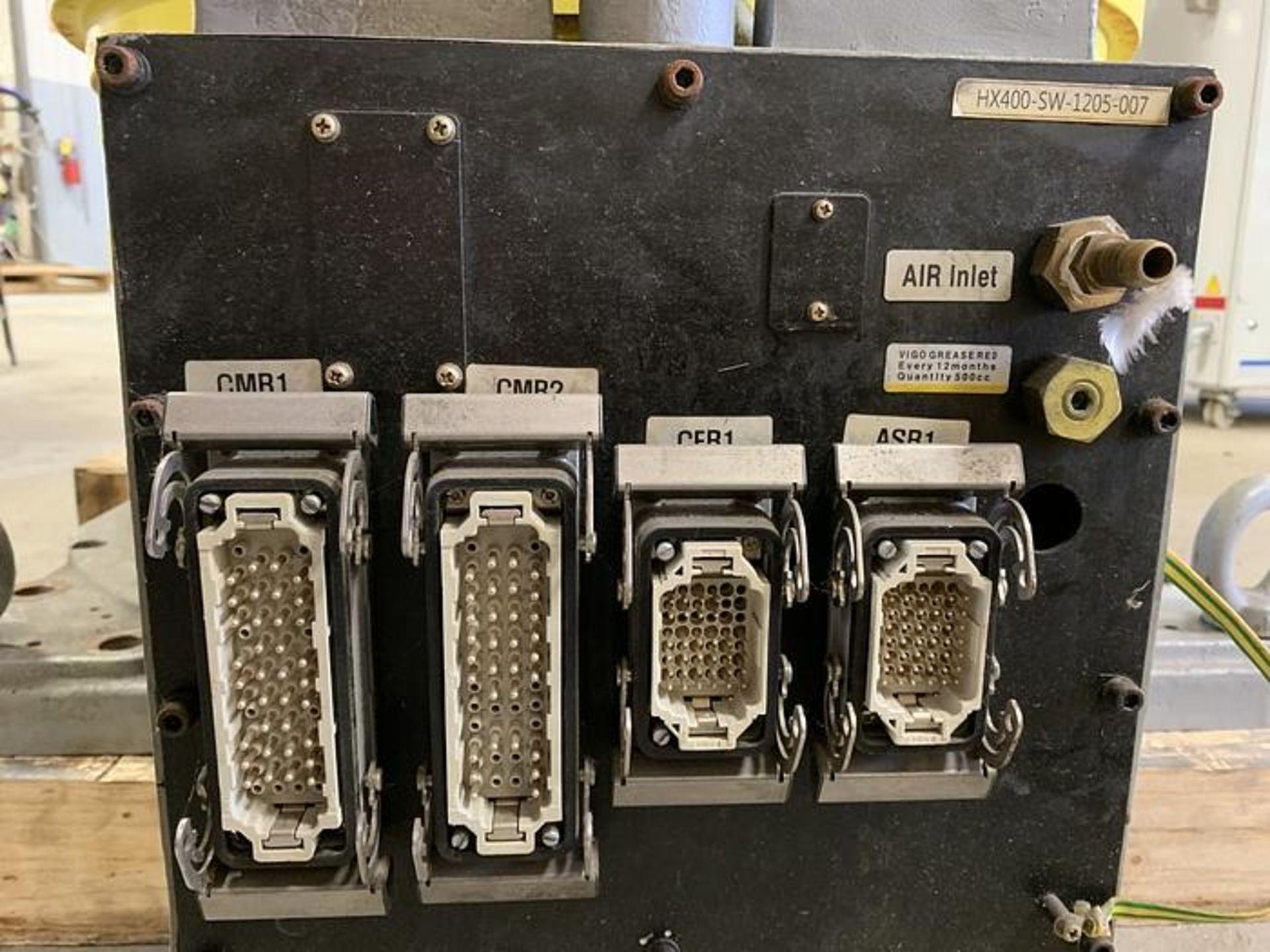 HYUNDIA MODEL HX400 400KG X 2573MM Hi5-N80U CONT. 6 AXIS CNC ROBOT, YEAR 2012, SN HB35-054-572 - Image 12 of 21