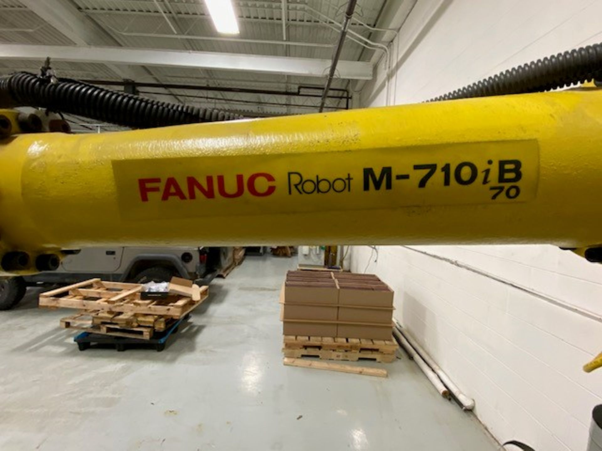 FANUC M710iB/70 WITH R-J3IB CONTROLS, TEACH PENDANT & CABLES, SN 70551 - Image 3 of 9