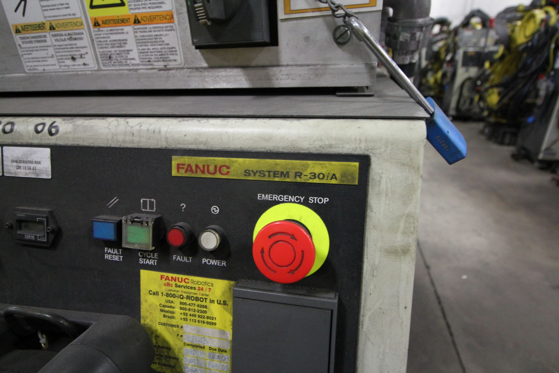 FANUC ROBOT R-2000iB/210F WITH R-30iA CONTROL, CABLES & TEACH PENDANT, SN 97013, YEAR 2009 - Image 5 of 8
