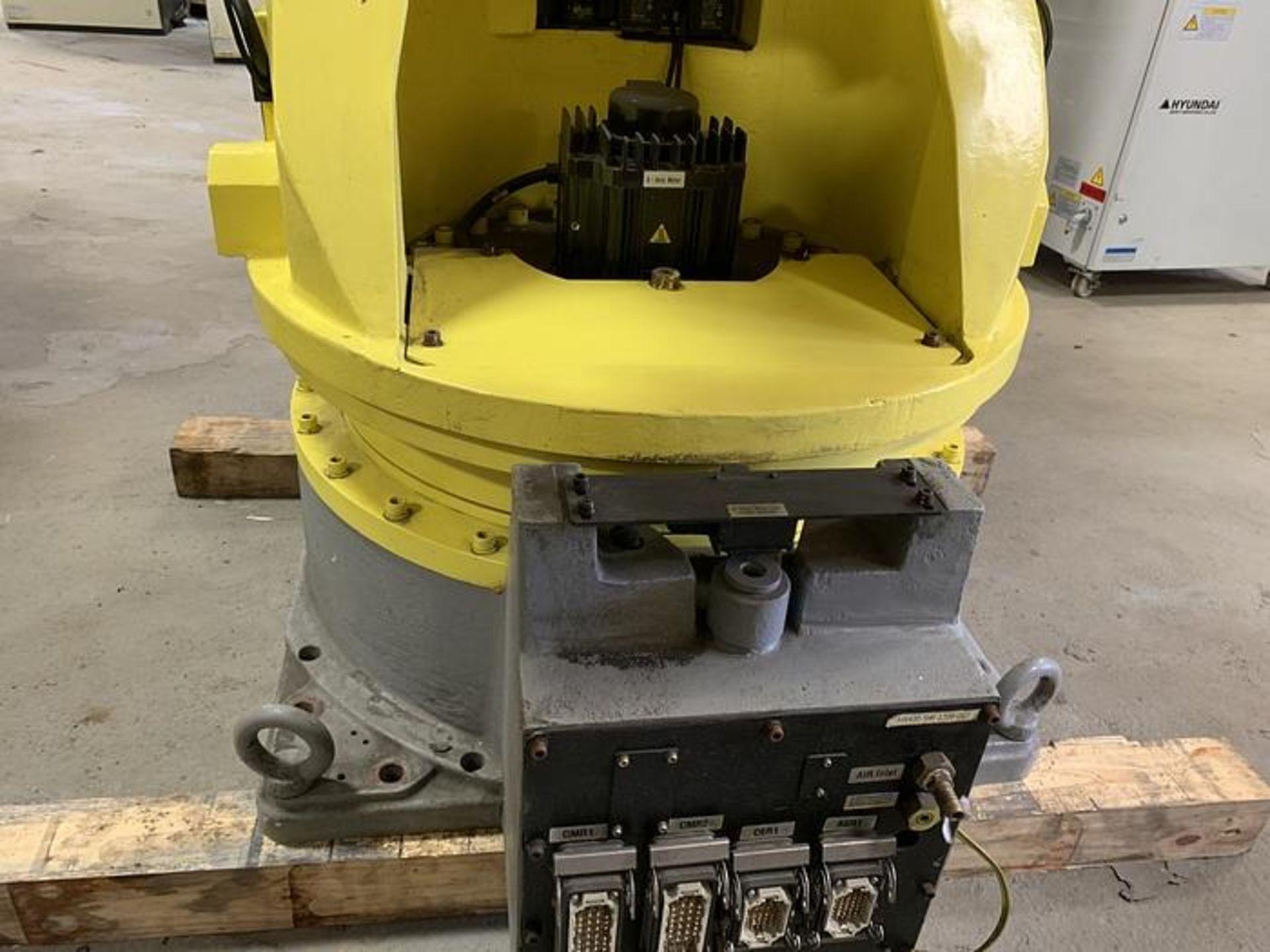 HYUNDIA MODEL HX400 400KG X 2573MM Hi5-N80U CONT. 6 AXIS CNC ROBOT, YEAR 2012, SN HB35-054-572 - Image 18 of 21