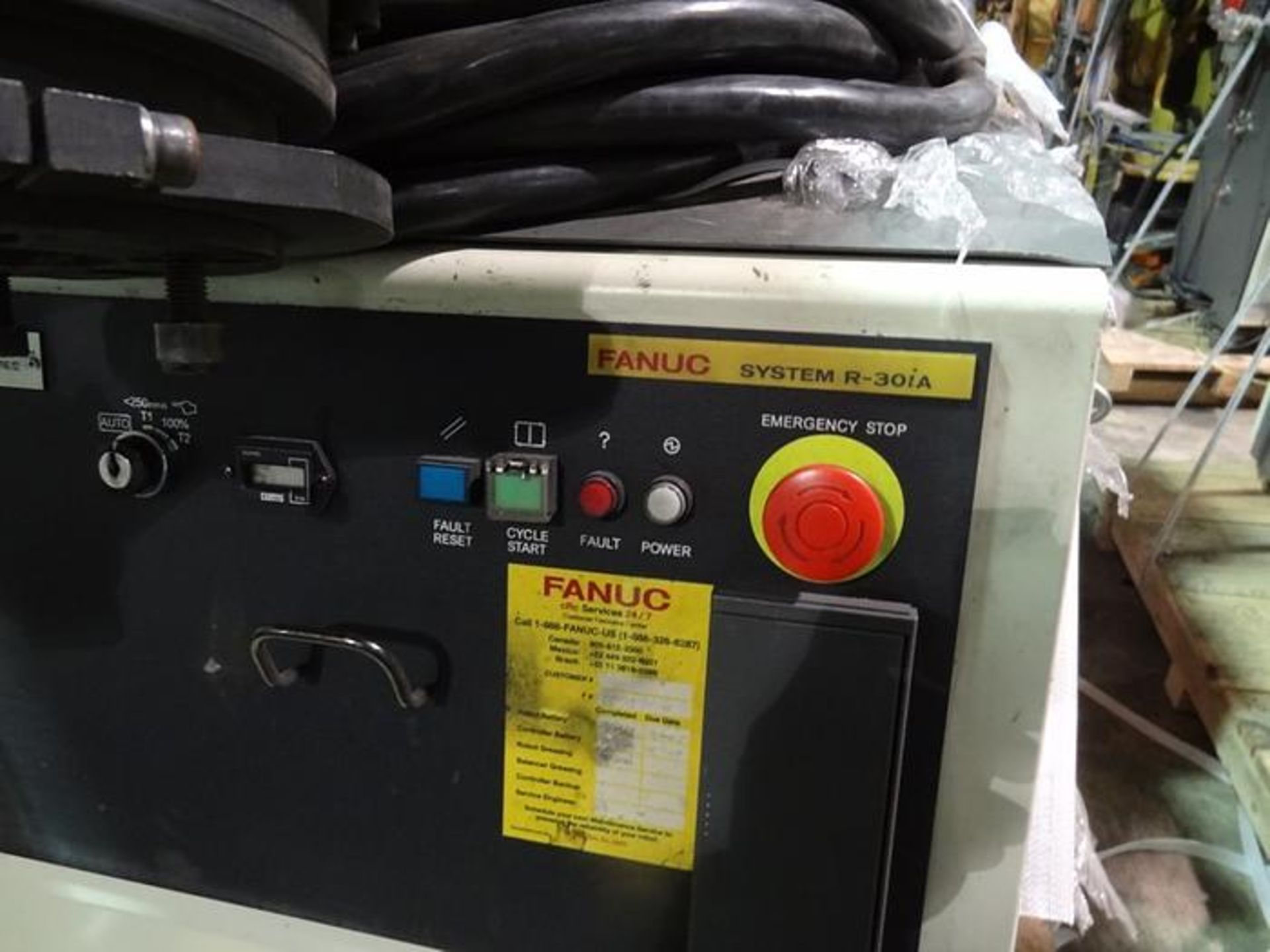 FANUC ROBOT R2000iB/185L WITH R30iA CONTROLLER, TEACH & CABLES, YEAR 2013, SN 132164 - Image 4 of 6