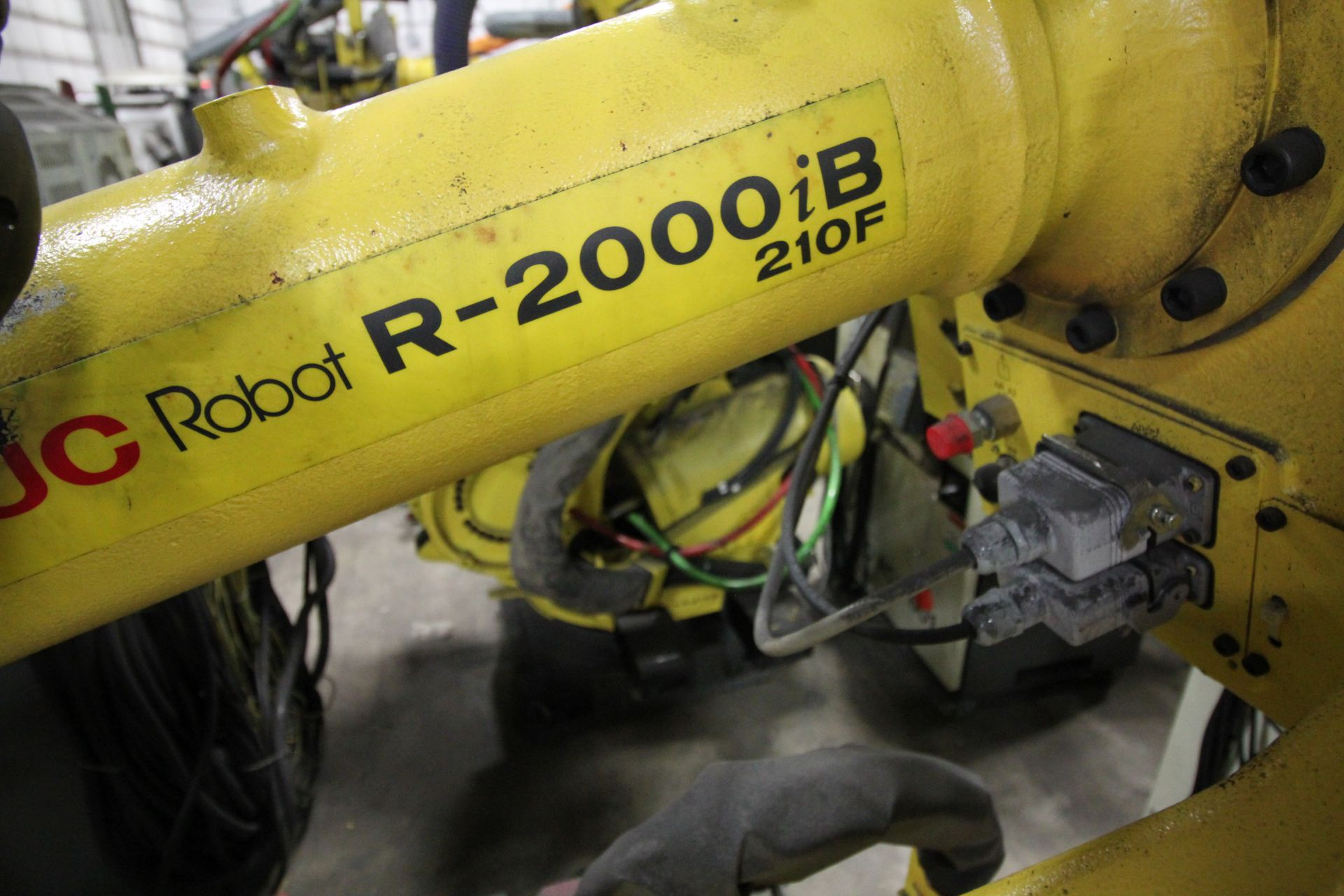 FANUC ROBOT R-2000iB/210F WITH R-30iA CONTROL, CABLES & TEACH PENDANT, SN 97013, YEAR 2009 - Image 2 of 8