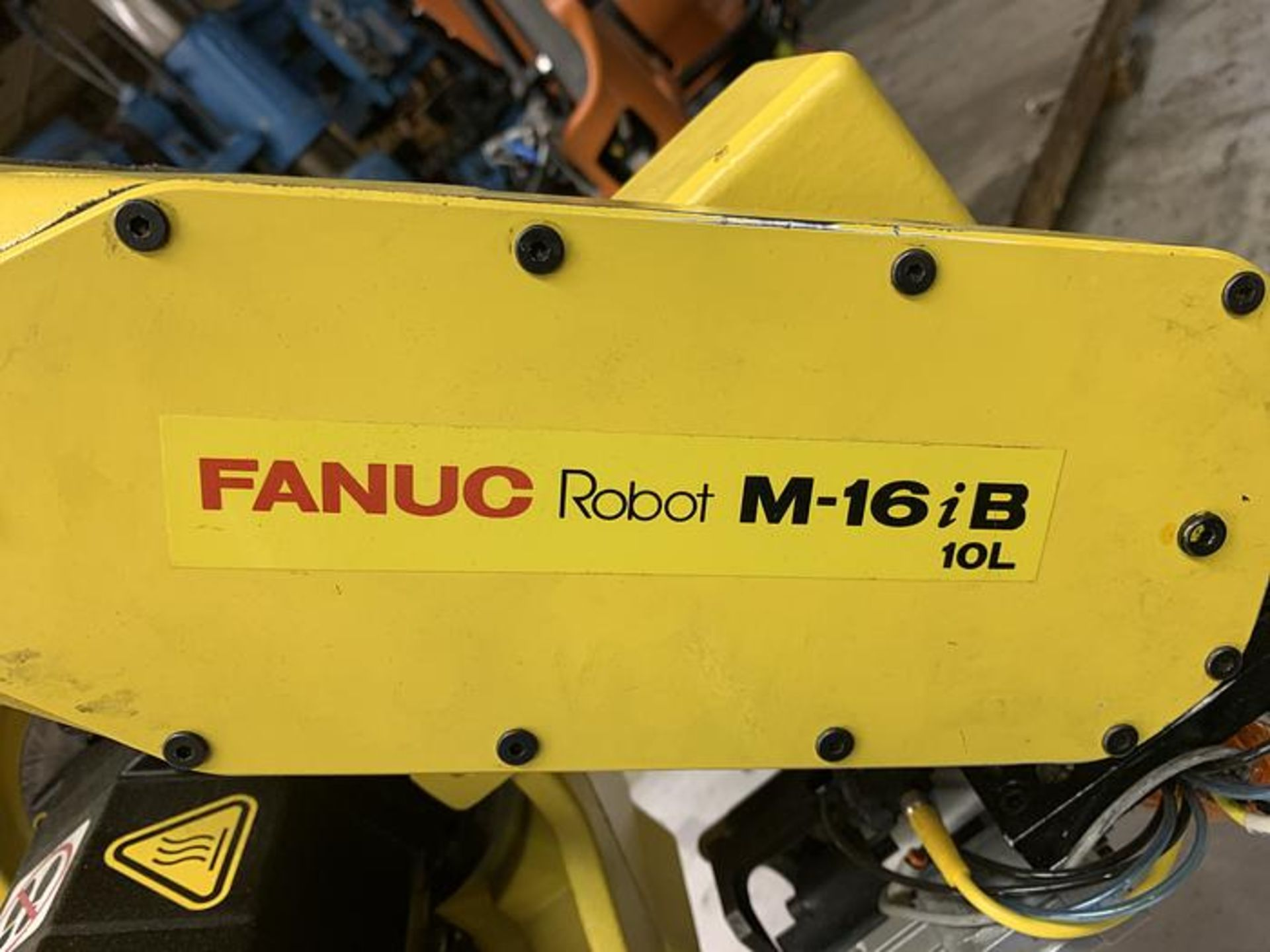 FANUC ROBOT M16iB/10L WITH RJ3iC (R30iA) CONTROLLER, TEACH & CABLES, YEAR 2006, SN 80306 - Image 4 of 17